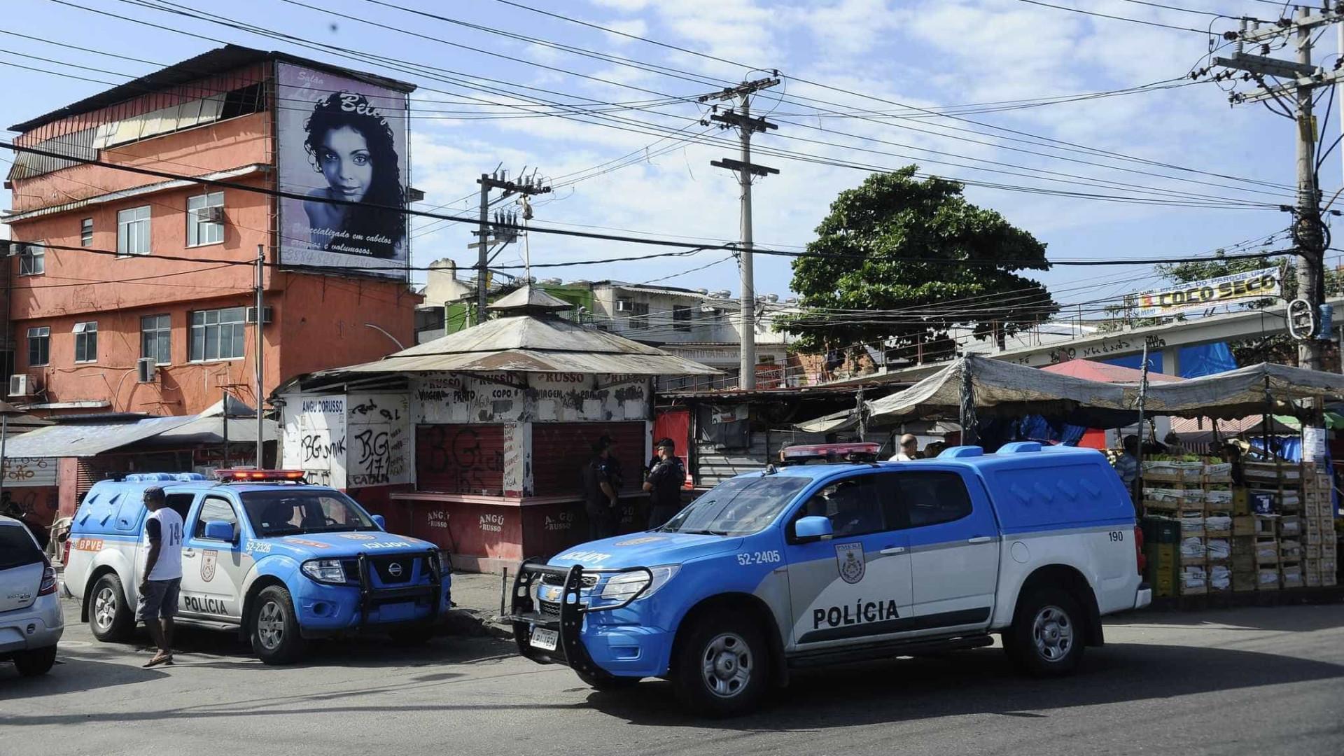 Moradores relatam intenso tiroteio no Complexo da Maré