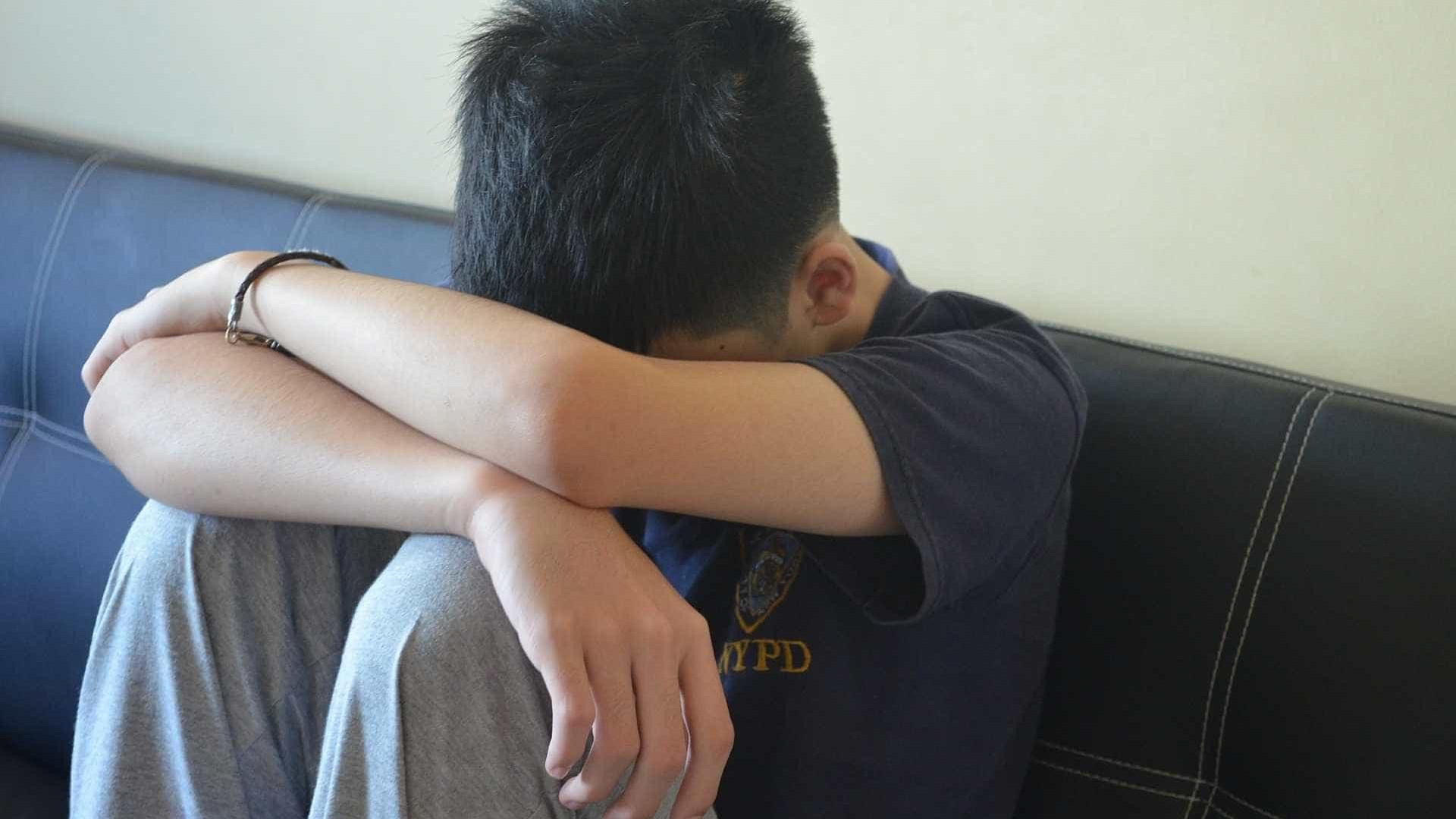 Adolescente é acusado de matar a família dele na véspera de Ano Novo