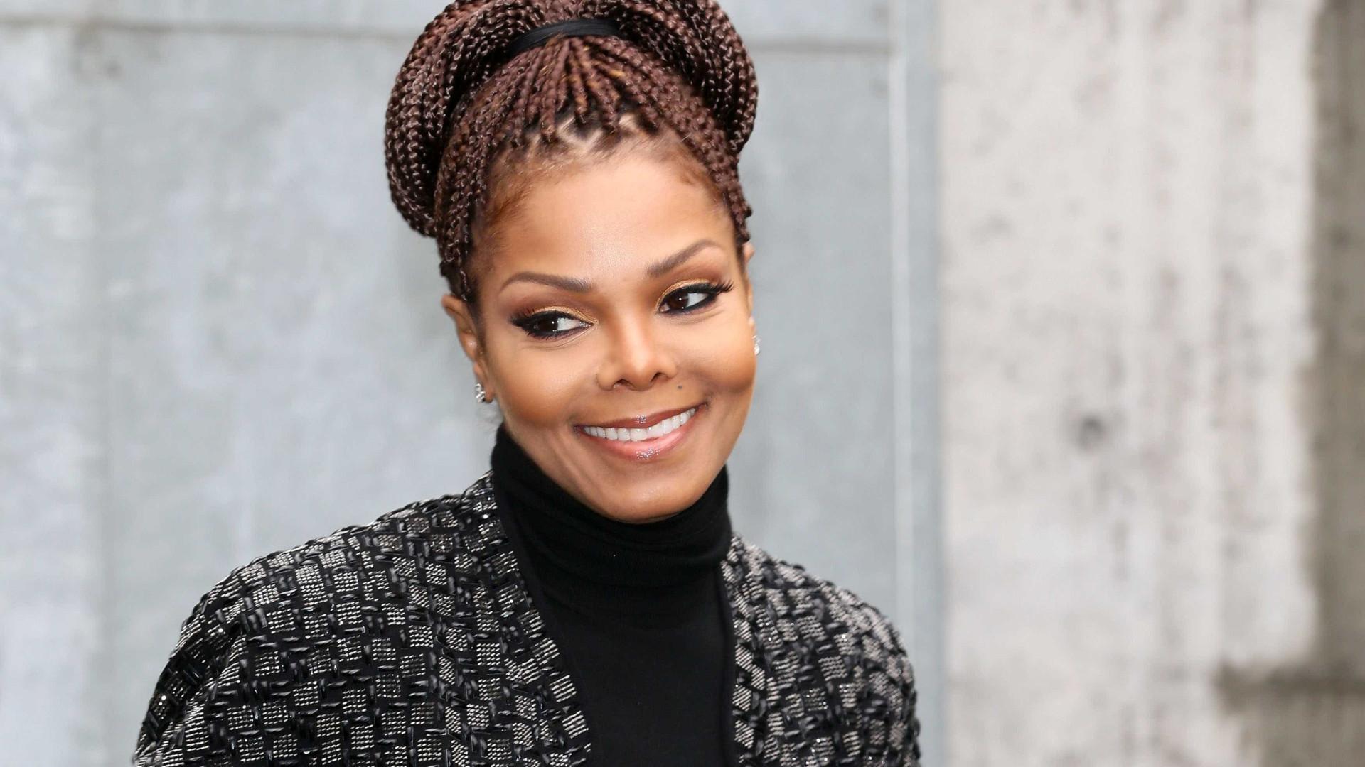 """Mulher garante ser filha de Janet Jackson: """"Verdade será revelada"""""""