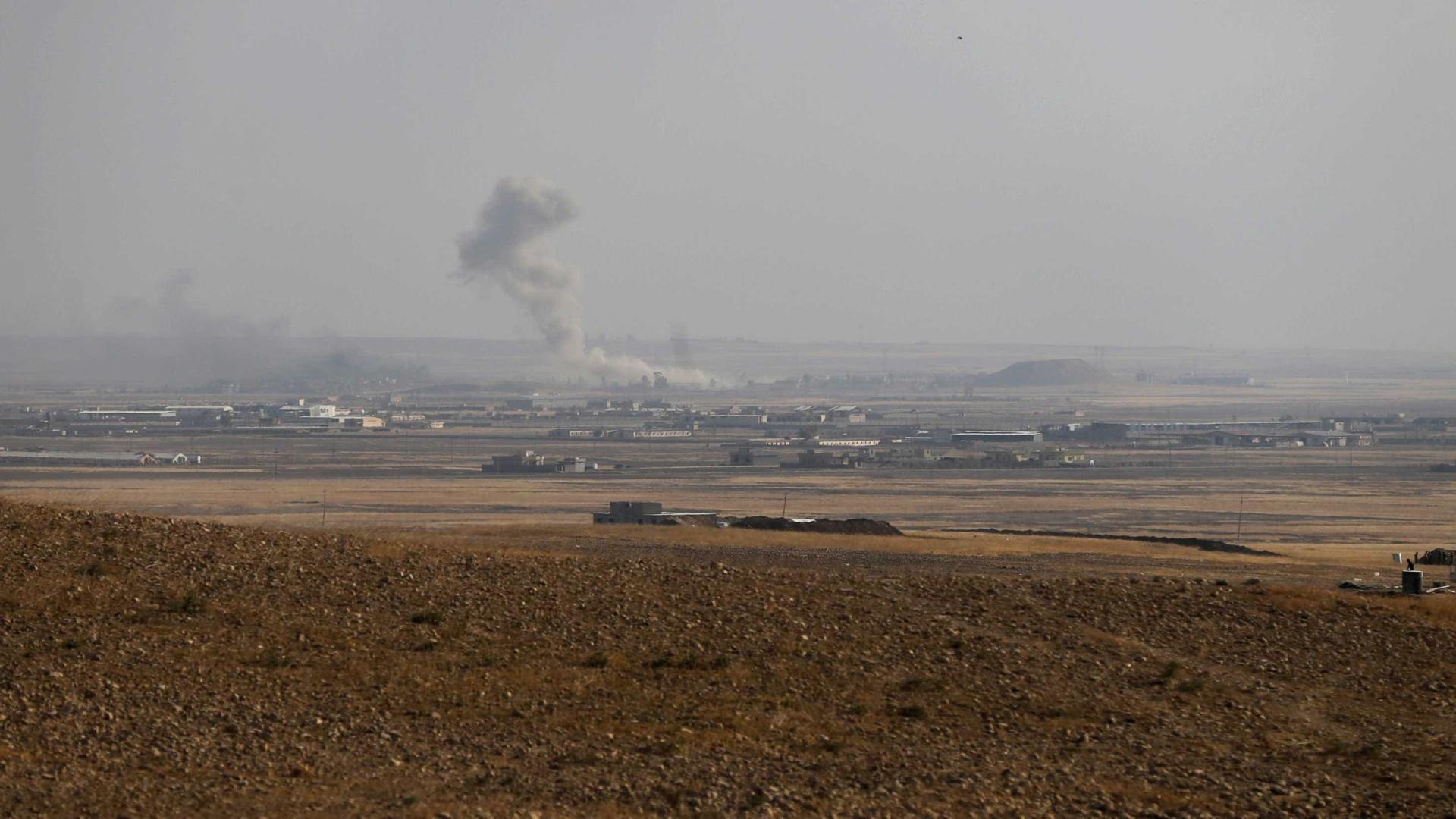 Exército iraquiano entra em subúrbio de Mossul