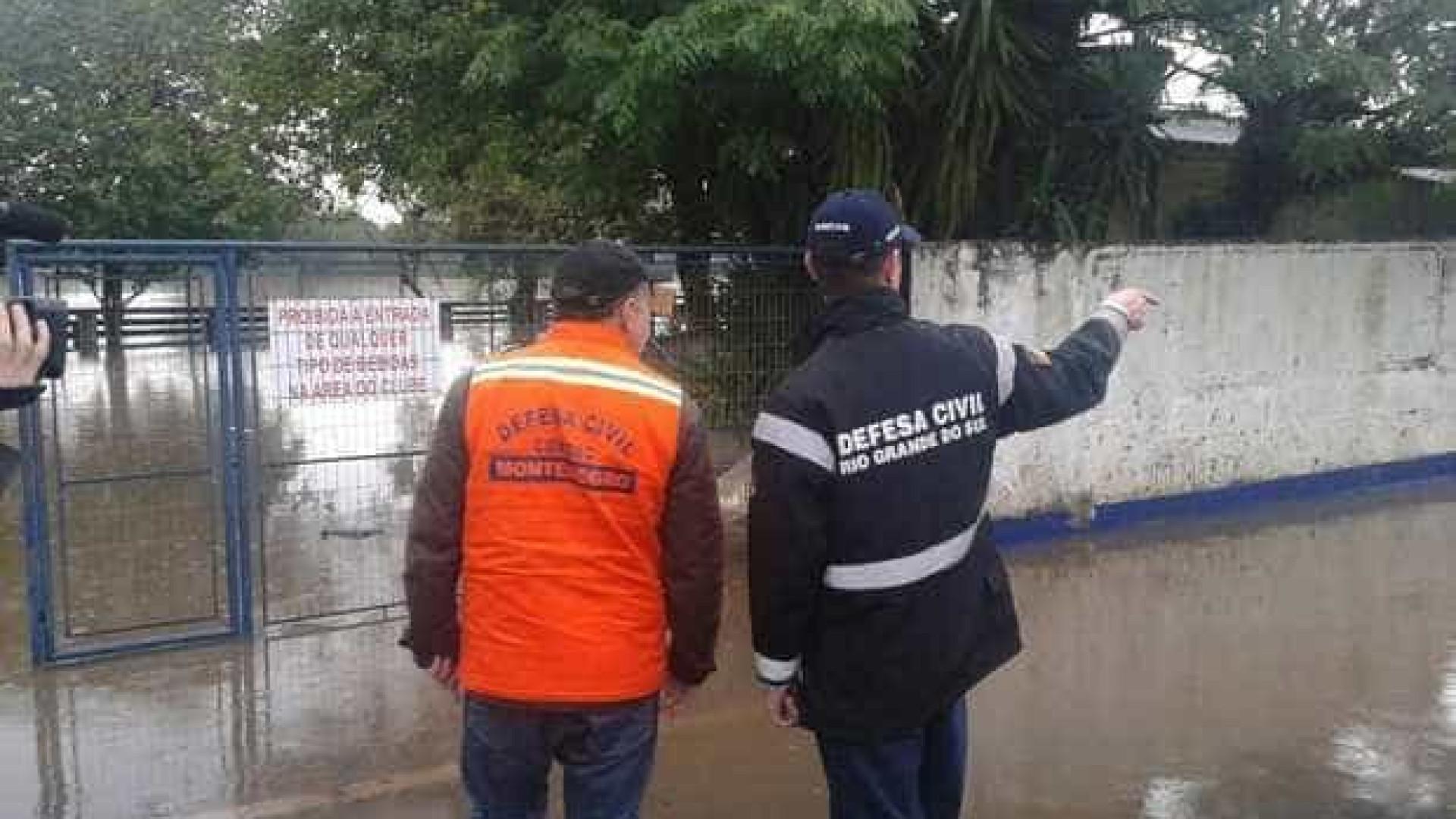 Chuvas: mais de 400 famílias tiveram que deixar suas casas no RS