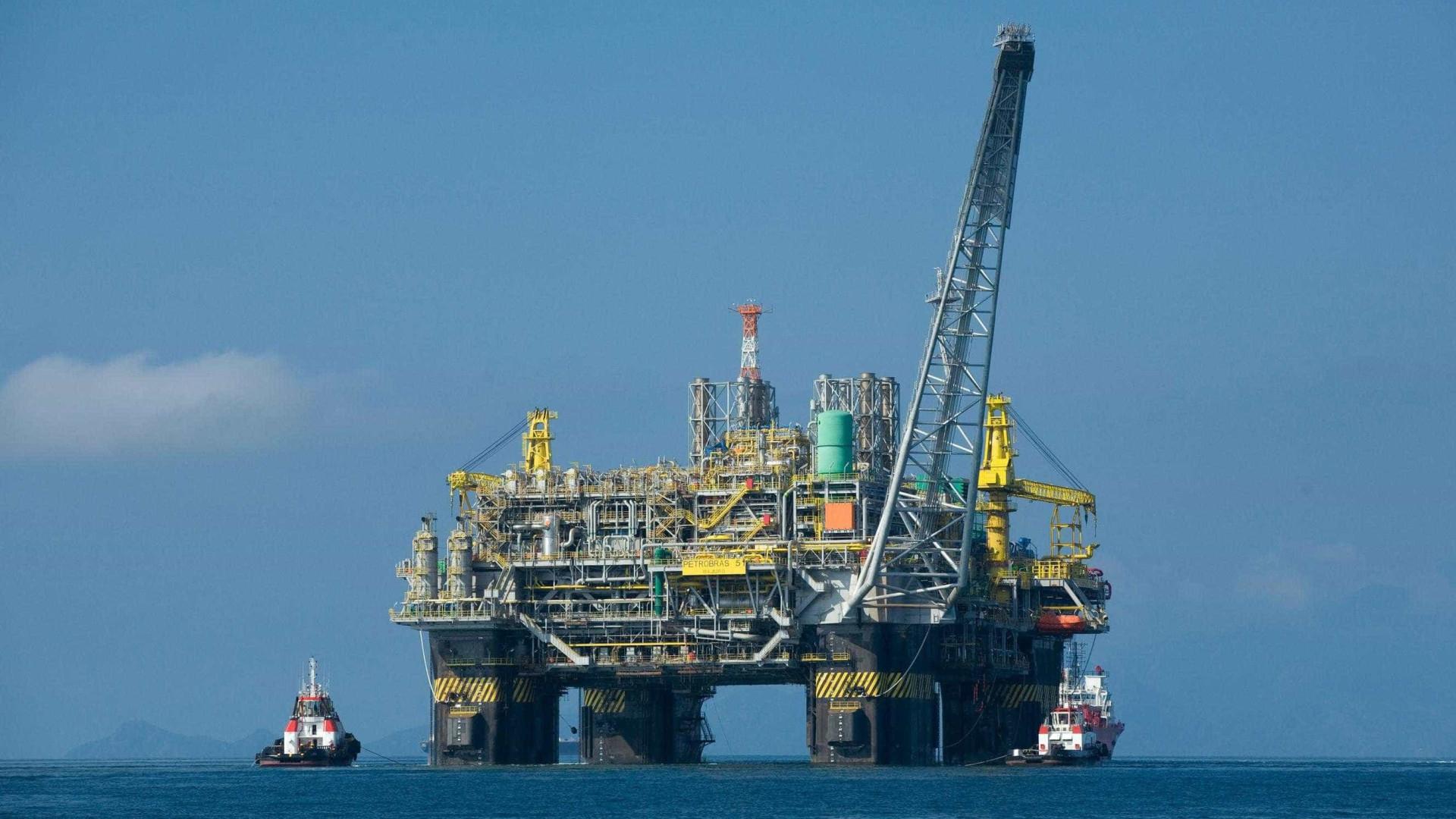 Temer sanciona lei que desobriga Petrobras de operar no pré-sal