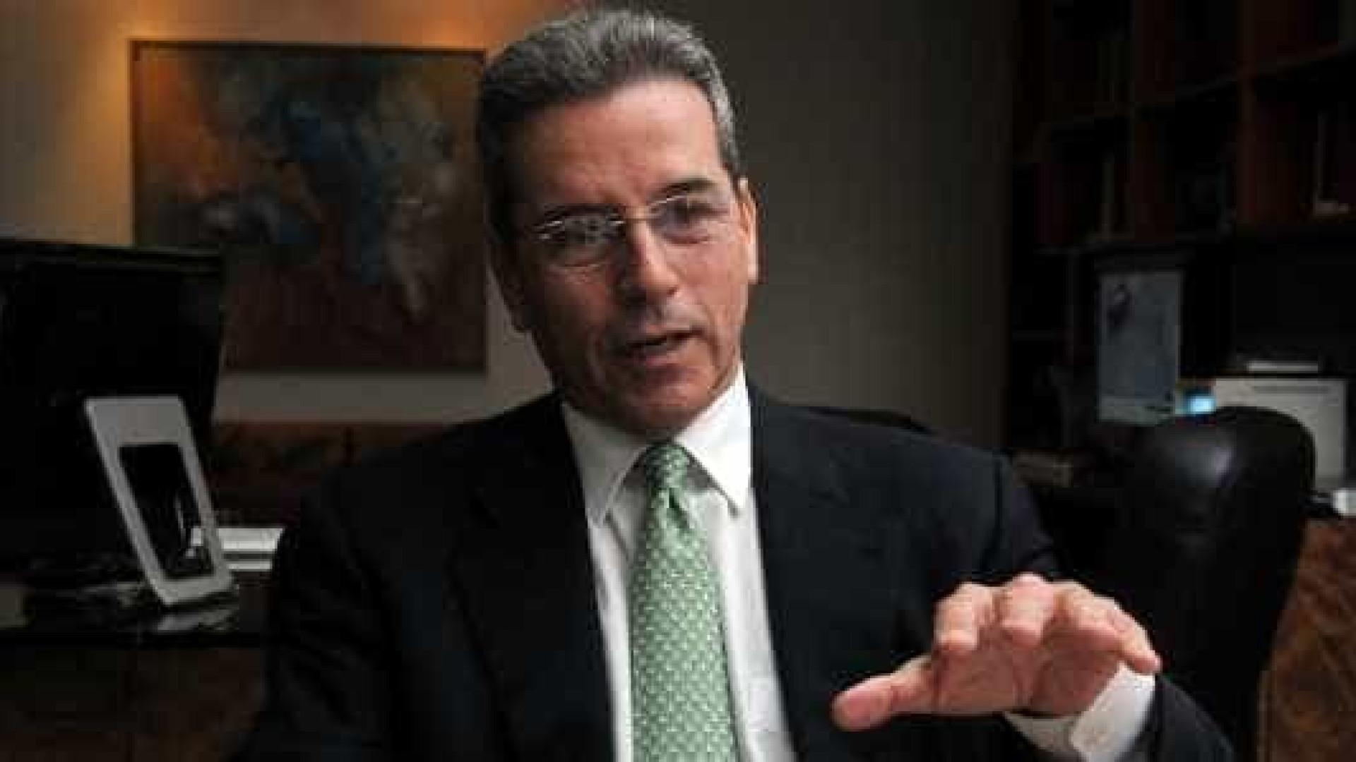 A pedido do MPF, Justiça determina aumento de prisão de Luiz Estevão