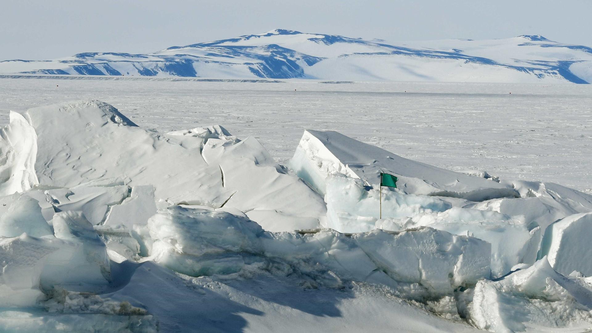 Até 2100, cerca de 153 milhões de pessoas podem se afogar na Antártica