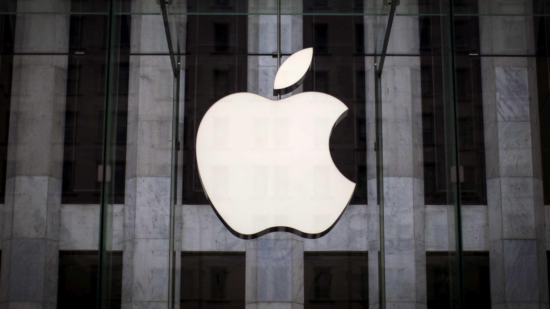 Apple deve lançar iPhone curvado em 2017
