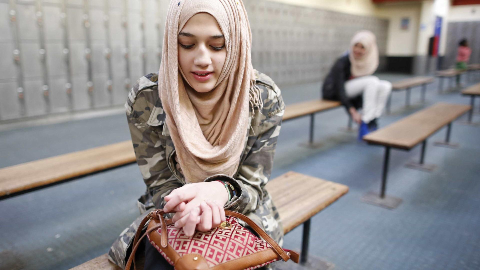 Holanda aprova proibição de véus islâmicos em lugares público