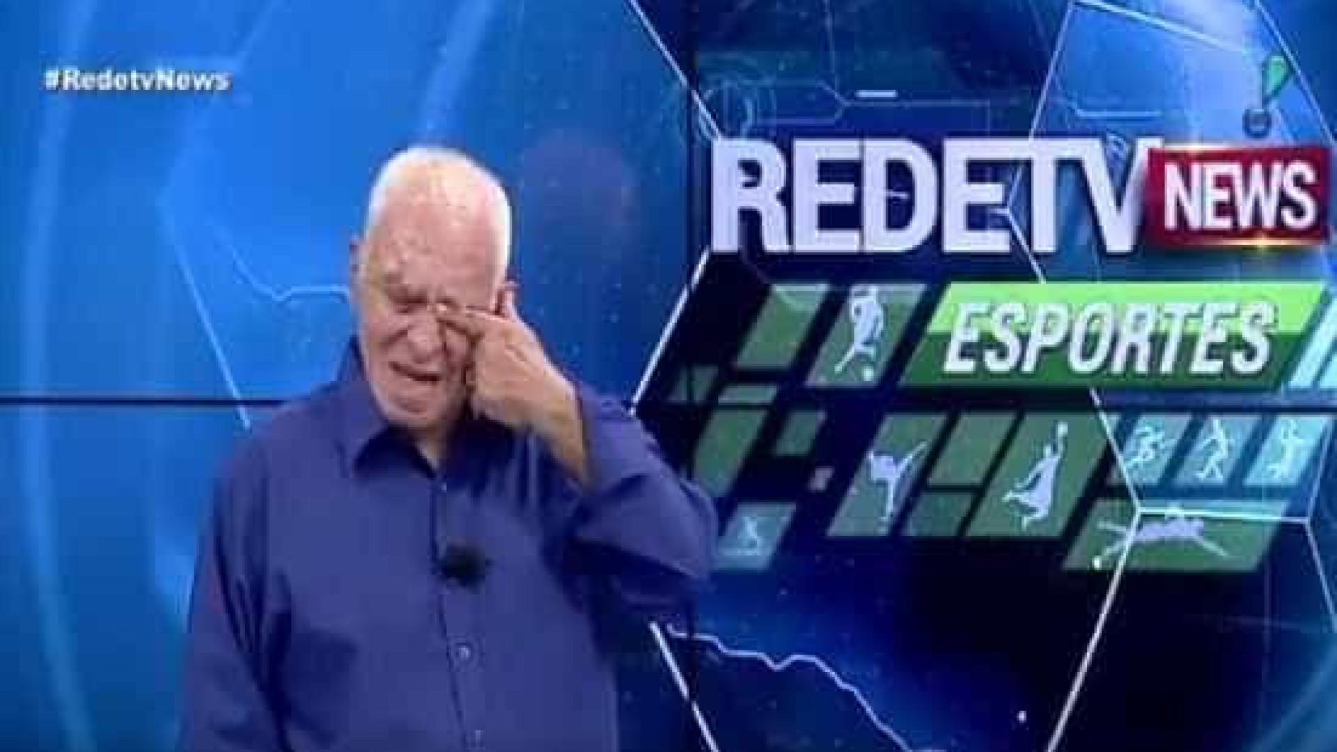 Silvio Luiz chora e não consegue comentar morte do amigo Mário Sérgio
