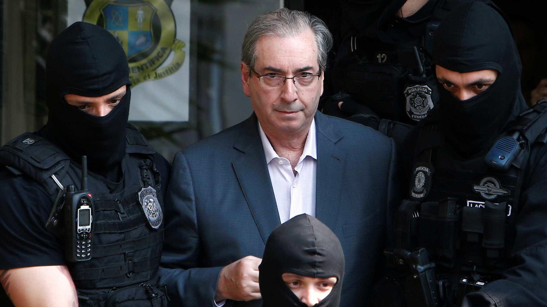 Cunha viaja a Brasília para prestar depoimento sobre desvios no FI-FGTS
