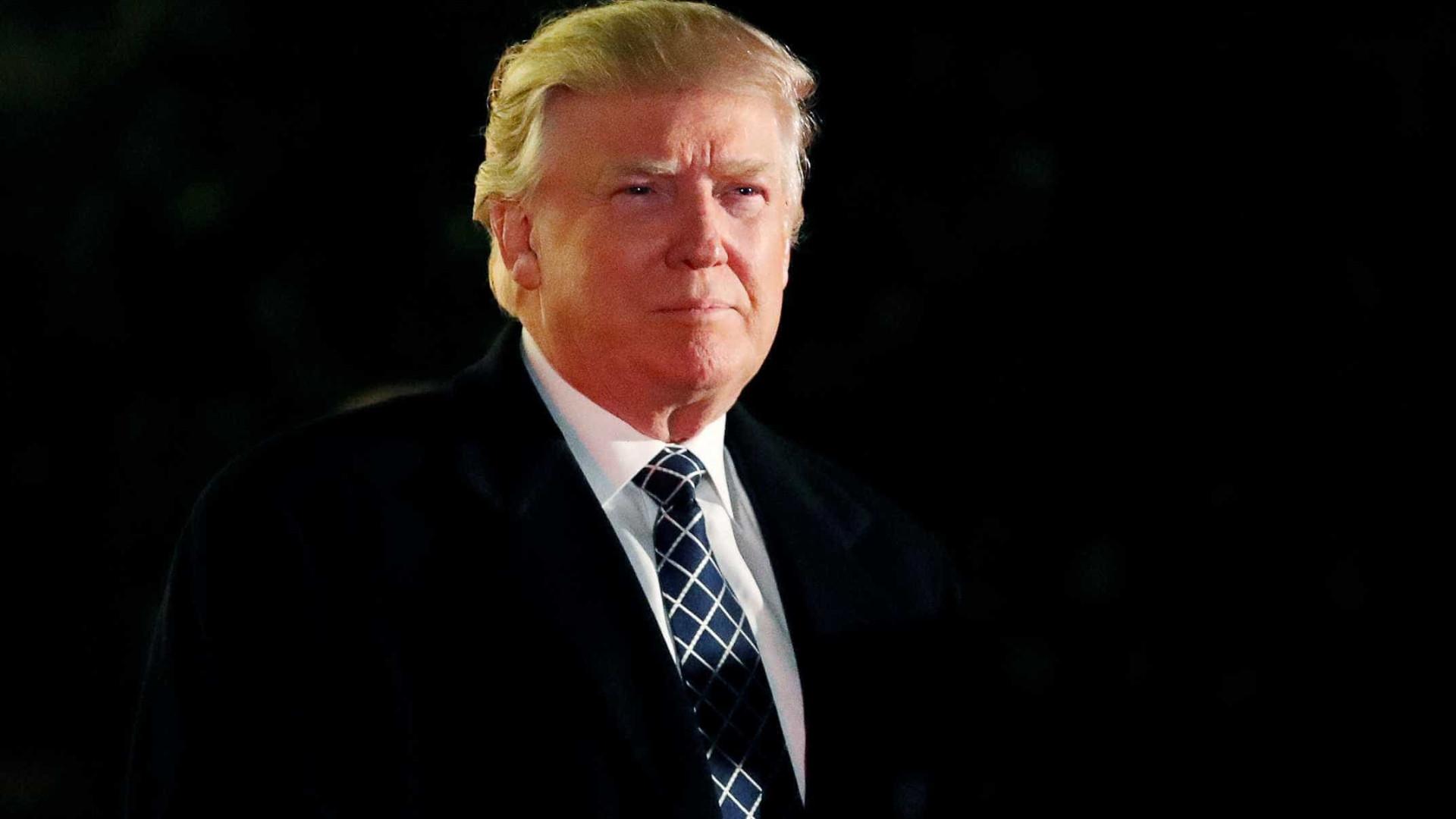 Maioria dos americanos quer que Trump  saia do Twitter, diz pesquisa