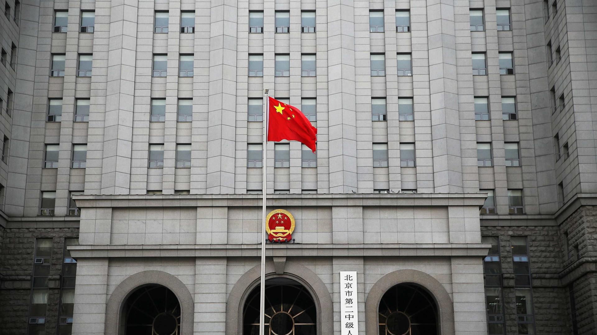 China planeja adotar medidas para impulsionar consumo e investimentos