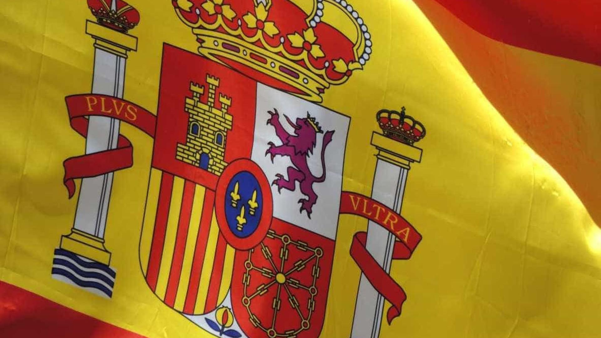 Autoridades desmantelam rede de narcotraficantes com ligação a Portugal