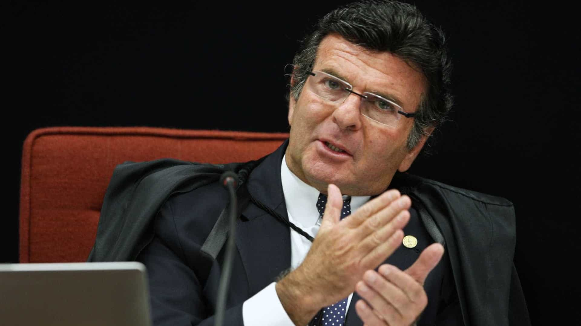 Fux explica decisão sobre caso Flávio Bolsonaro: 'Se eu não o fizesse…'