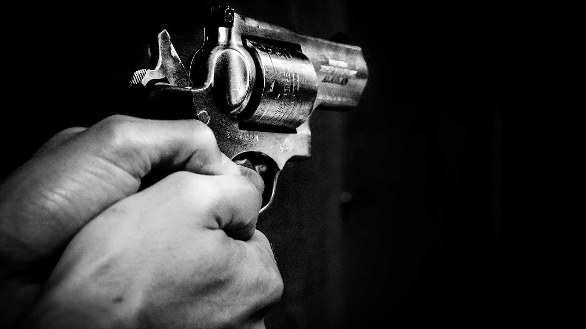 Casal sobrevive após ser atingido por sete tiros em Manaus