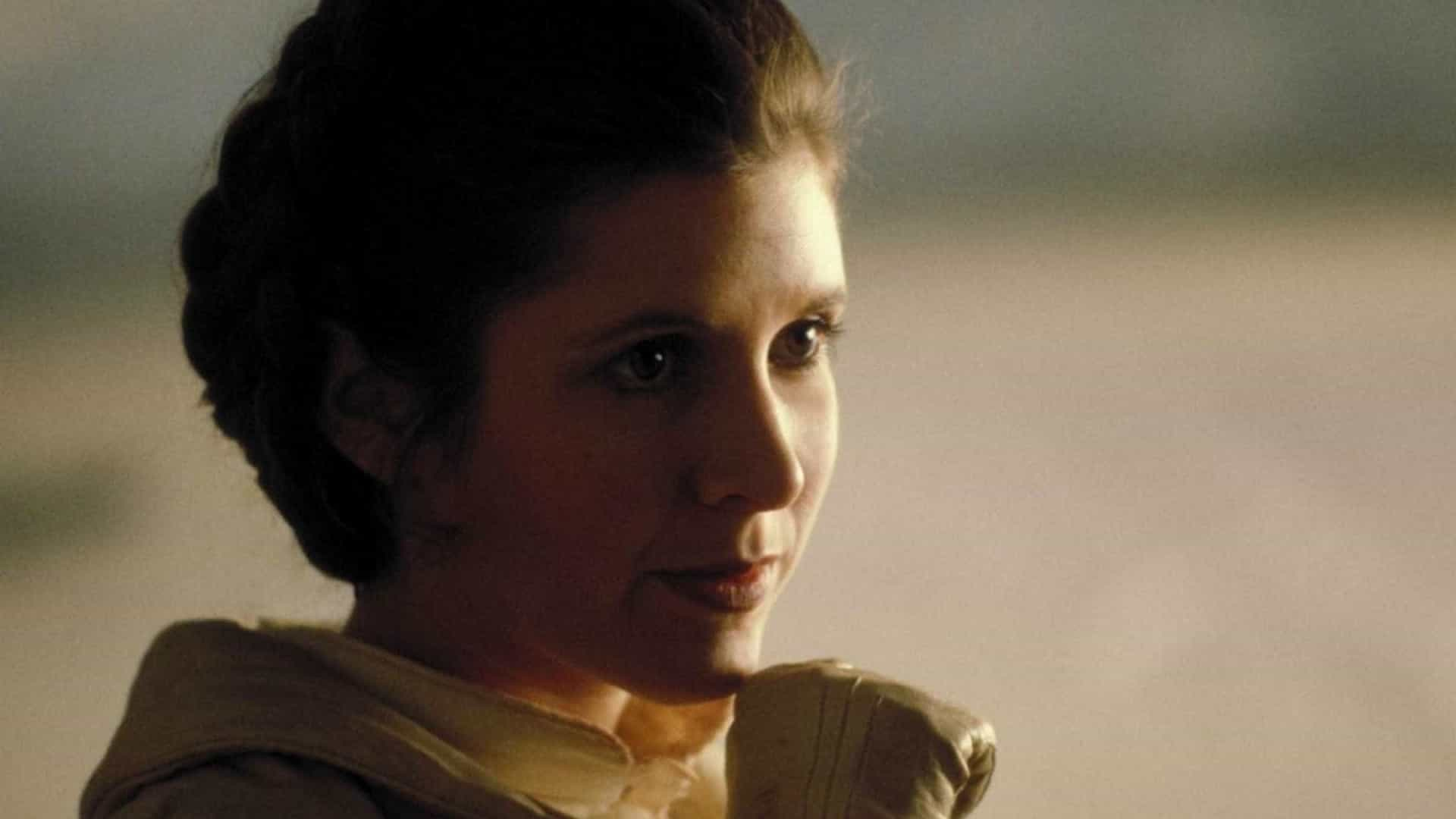Carrie Fisher poliu o roteiro