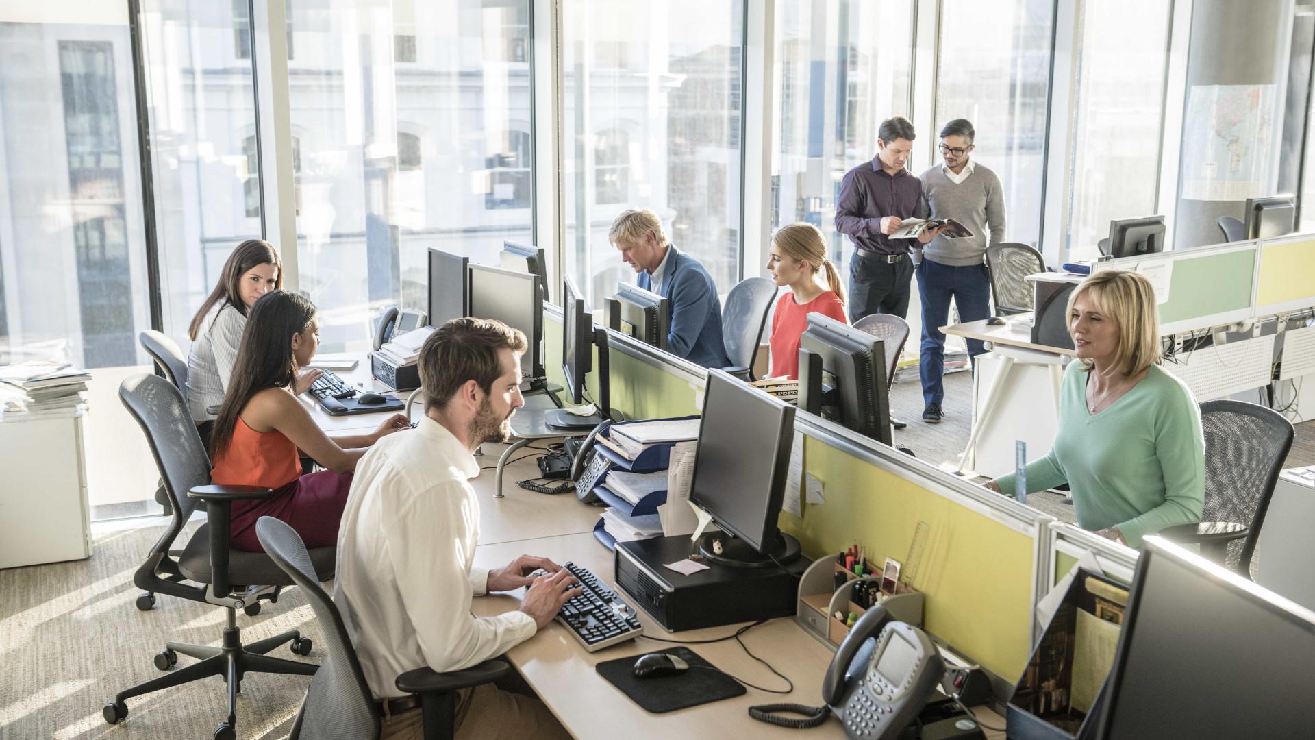 9 dicas de como se comportar no ambiente de trabalho