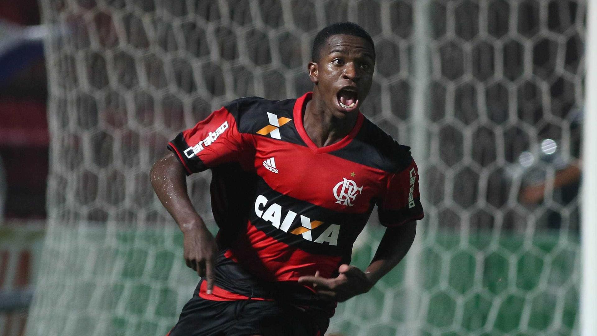 """""""Sou o novo Vinícius e não o novo Neymar"""", diz promessa do Flamengo"""