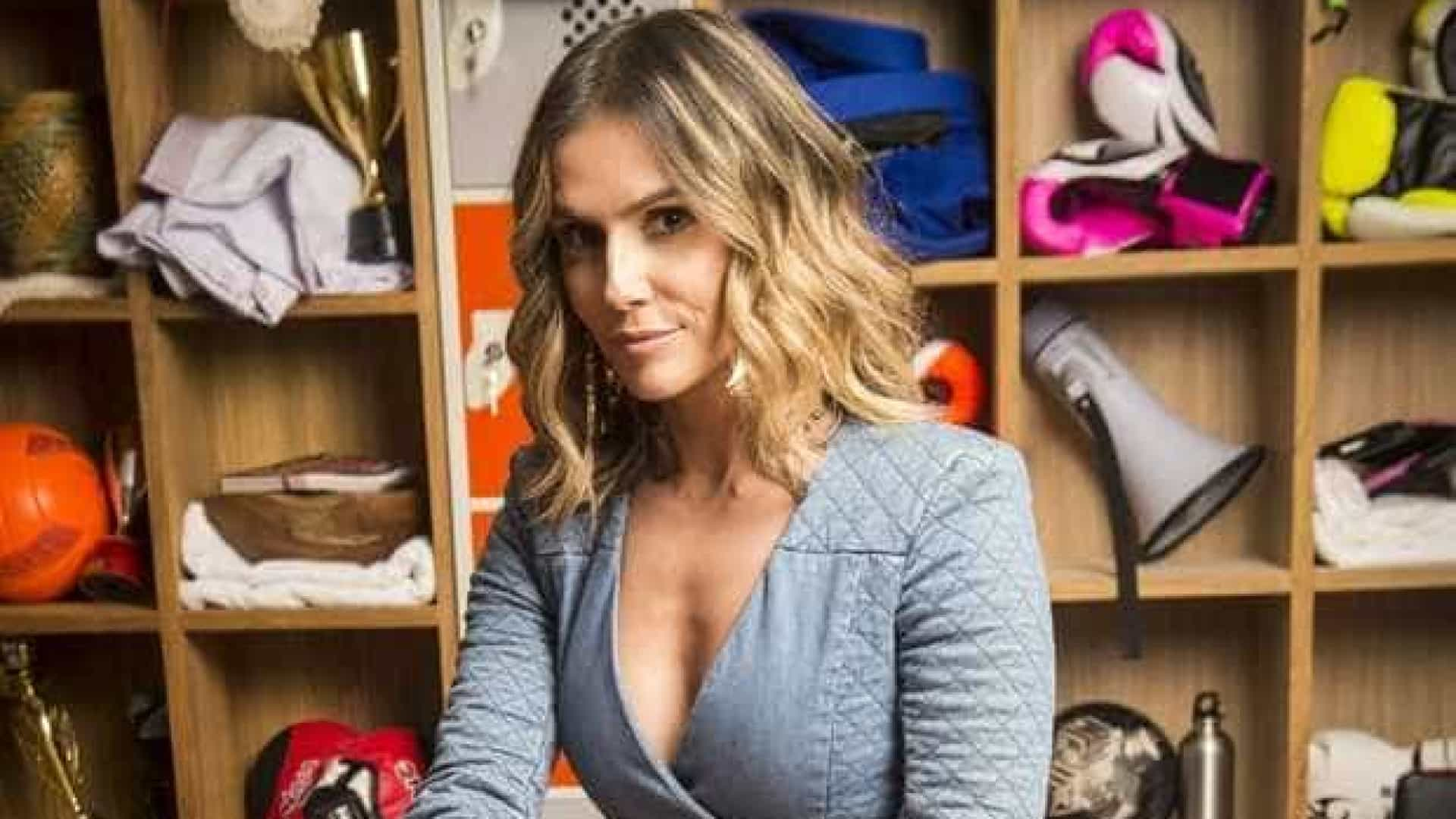Deborah Secco lamenta homofobia em seu perfil: 'Vim pedir desculpas'