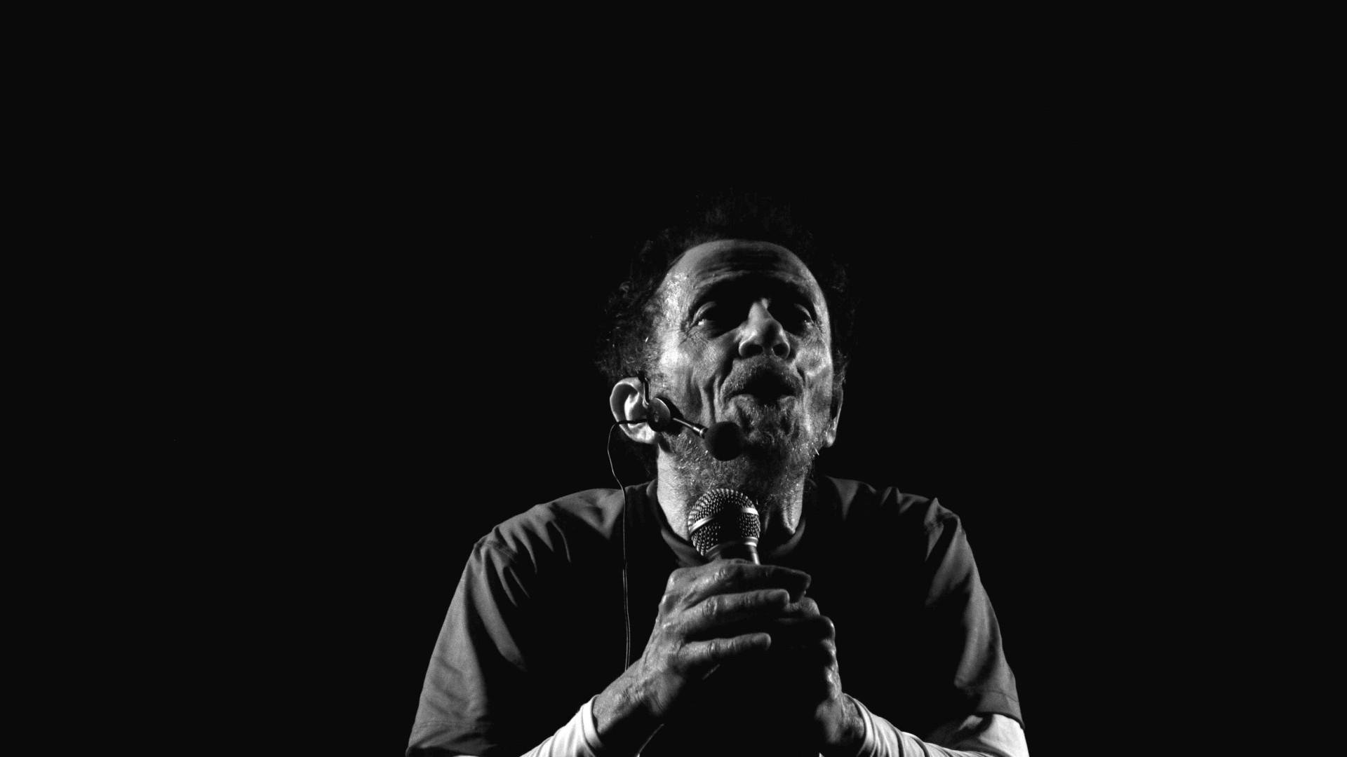São Paulo recebe mostra em homenagem aos 80 anos de Tom Zé