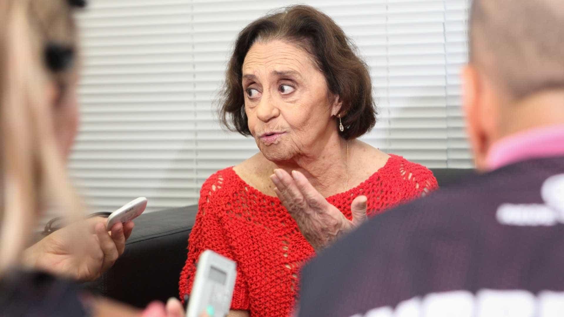 Laura Cardoso critica beijo lésbico em Malhação: 'Não há necessidade'