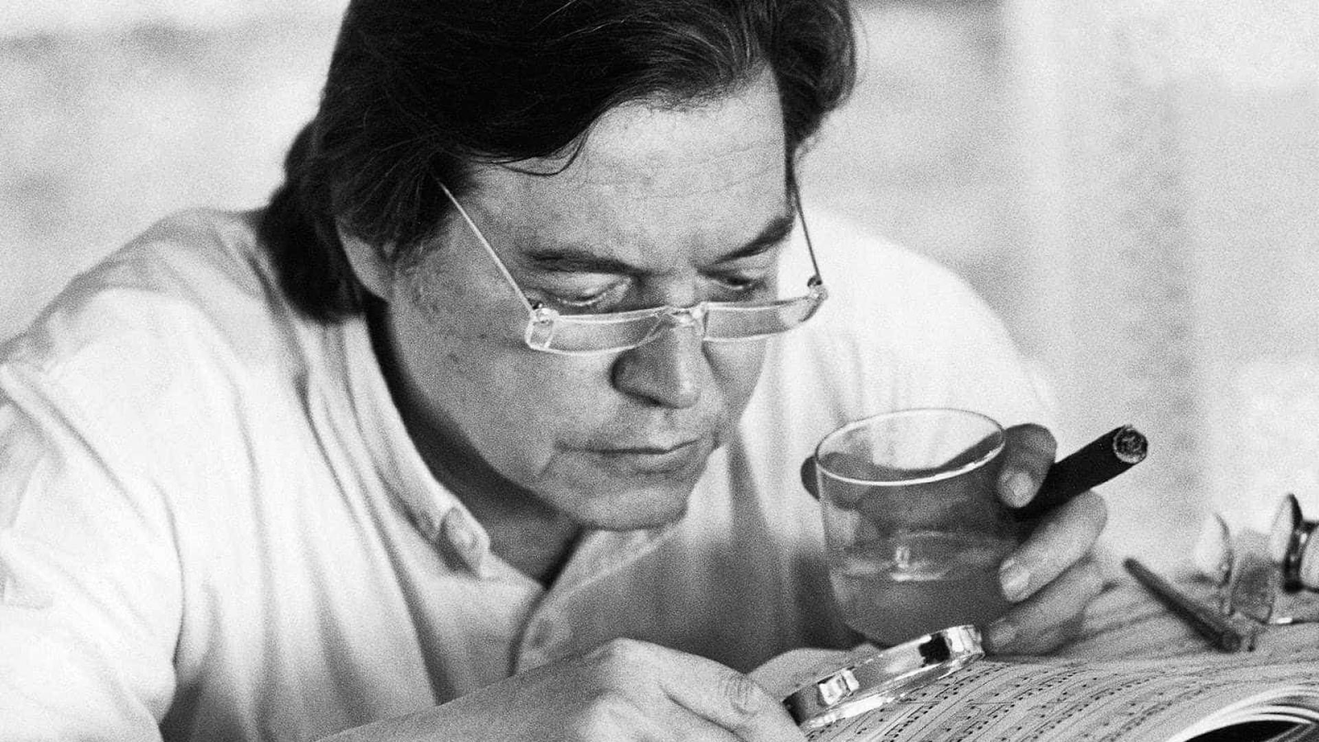 Grupo homenageia os 90 anos do compositor e lendário Tom Jobim
