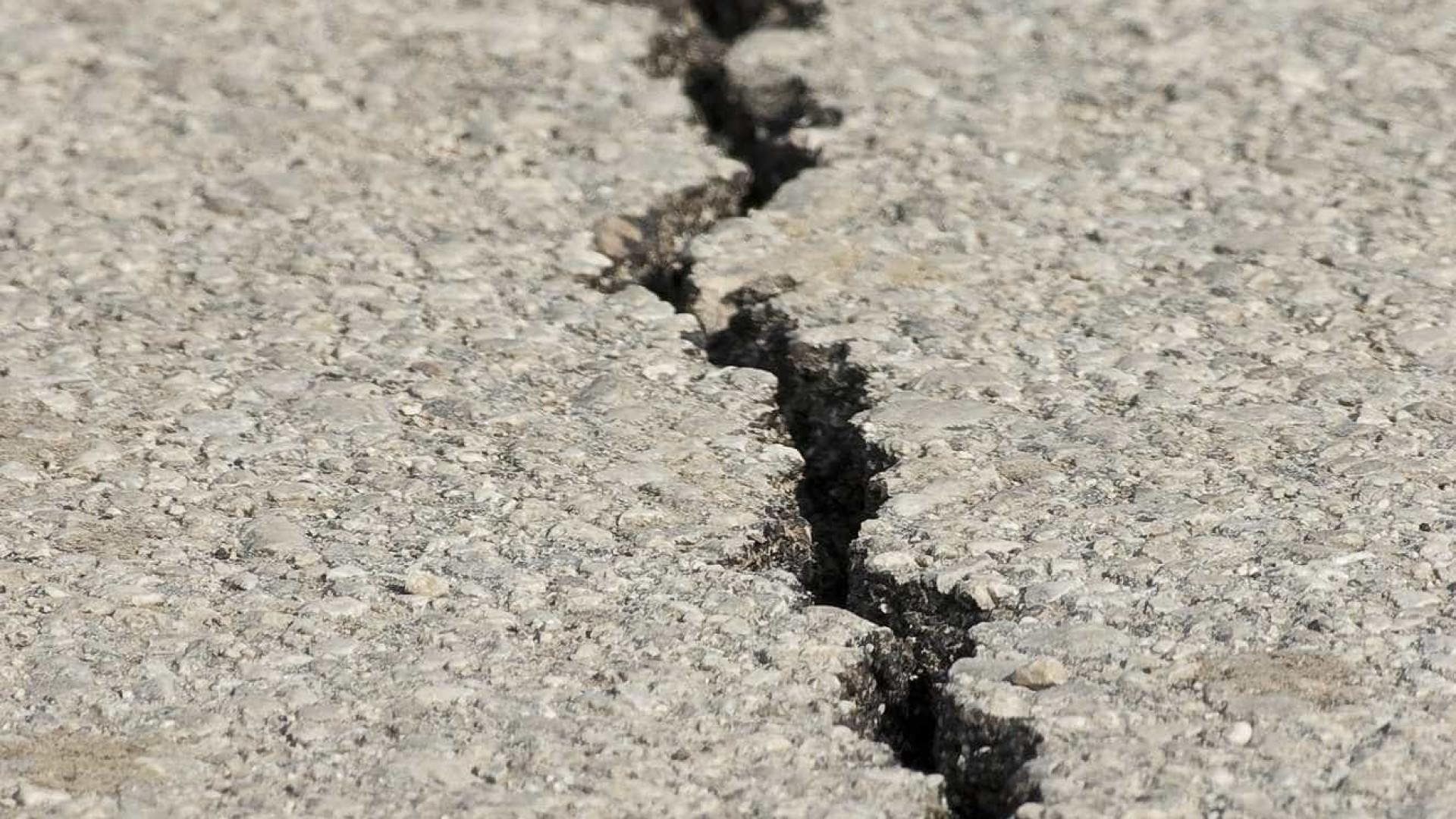 Terremoto causa deslizamentos e morte no Peru