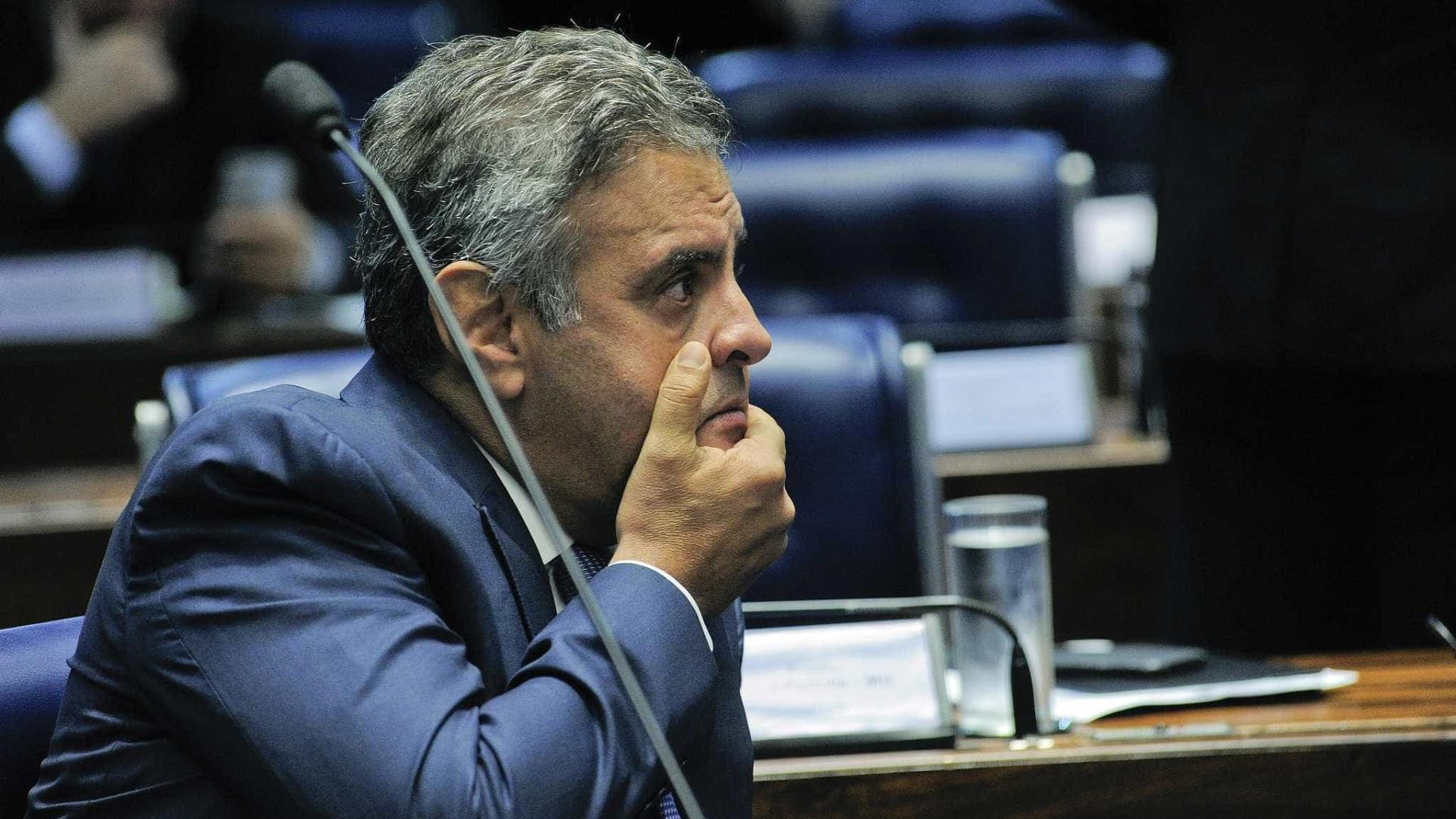 Recluso, Aécio Neves teme prisão