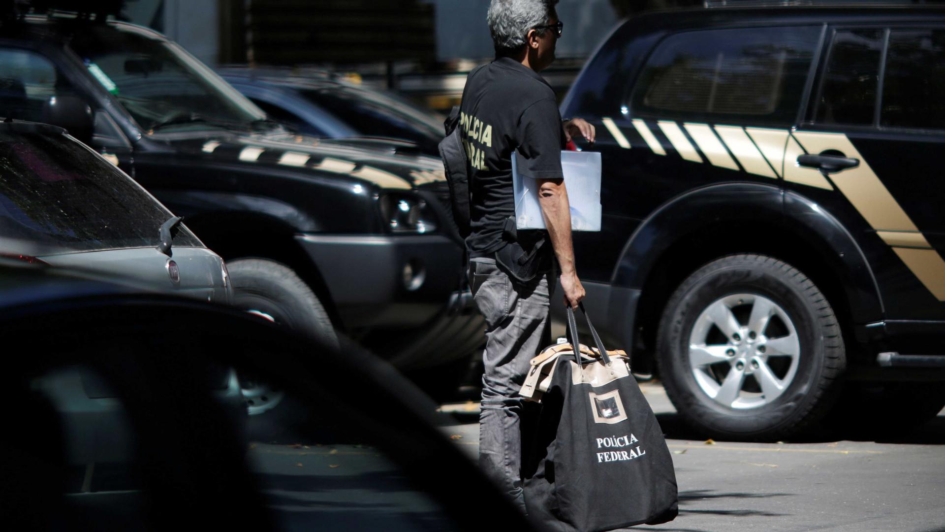 Homens se fingem de agentes da PF e assaltam apartamento no Leblon