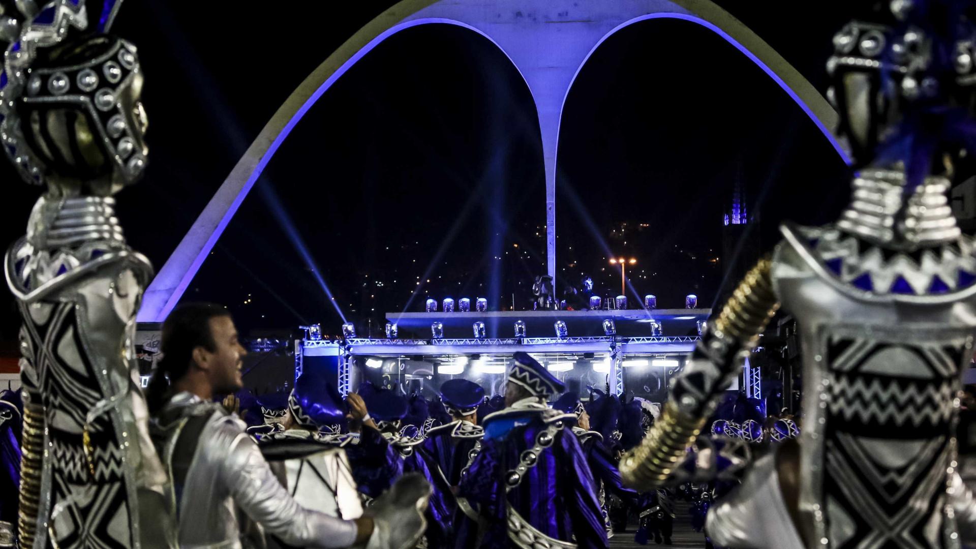 A duas semanas do Carnaval, ingressos para Sapucaí estão encalhados