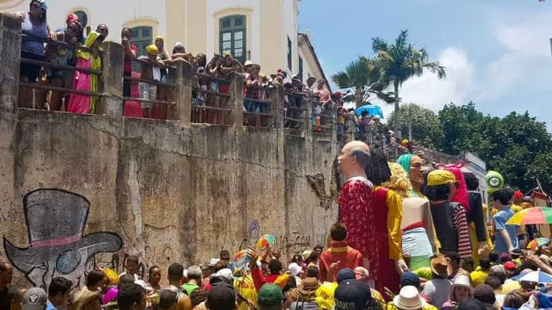 Cinquentão e popular, Bacalhau do Batata estende a festa em Olinda