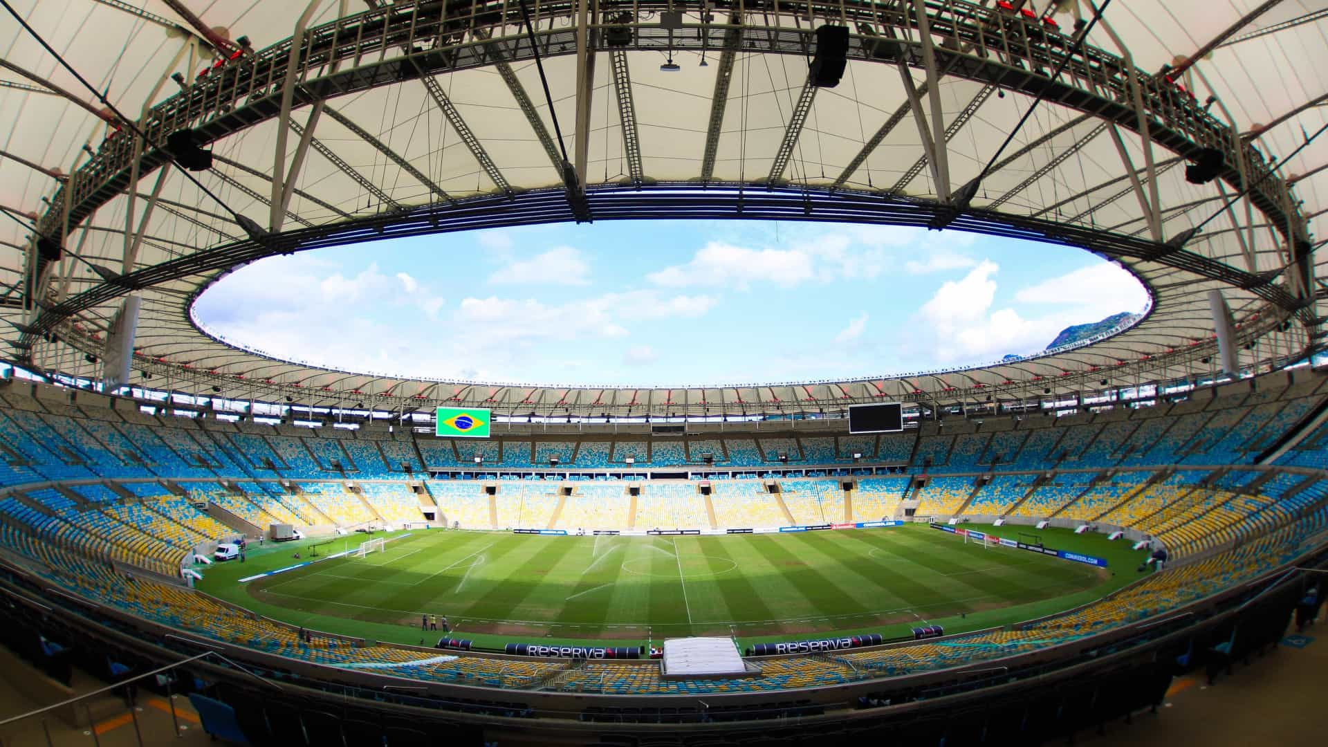Flamengo e Corinthians se enfrentam nesta quarta no Maracanã
