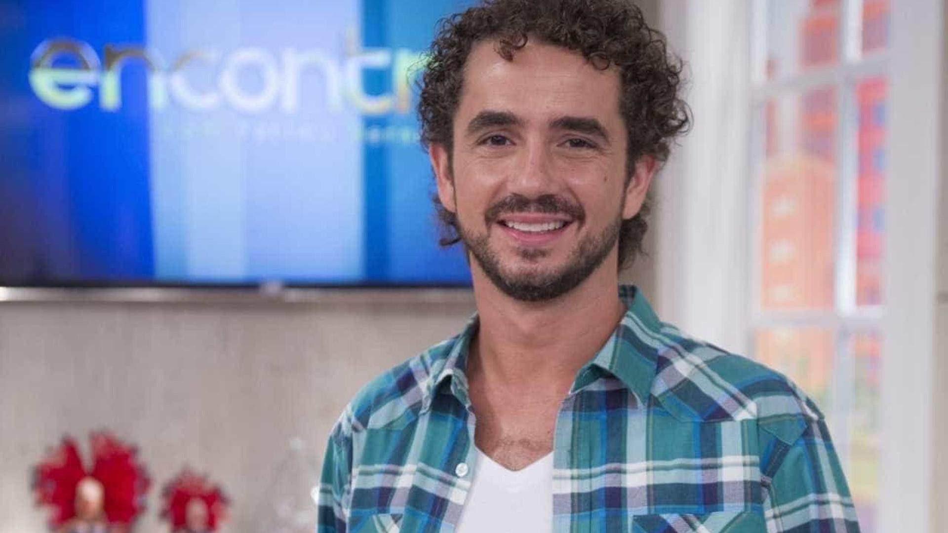 Felipe Andreoli comanda programa que mescla futebol e humor na Copa