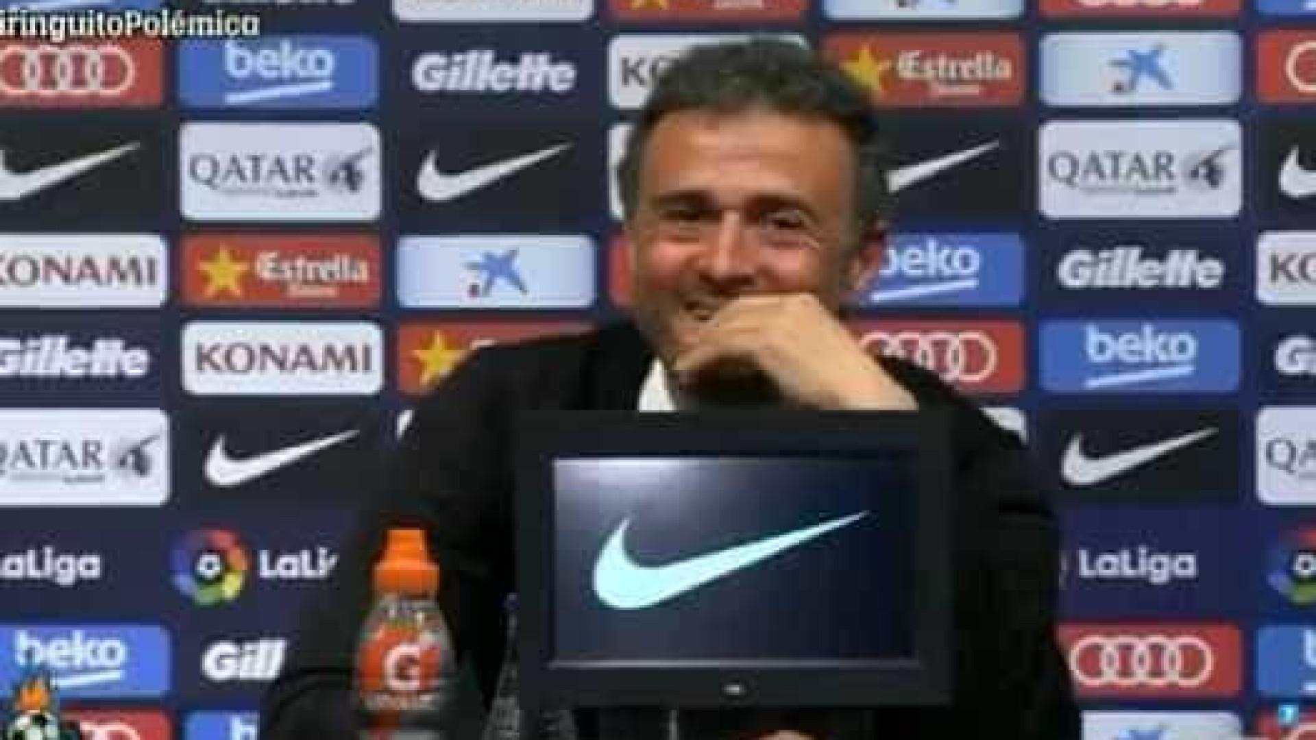 Jornalista dorme em entrevista e diverte técnico do Barcelona