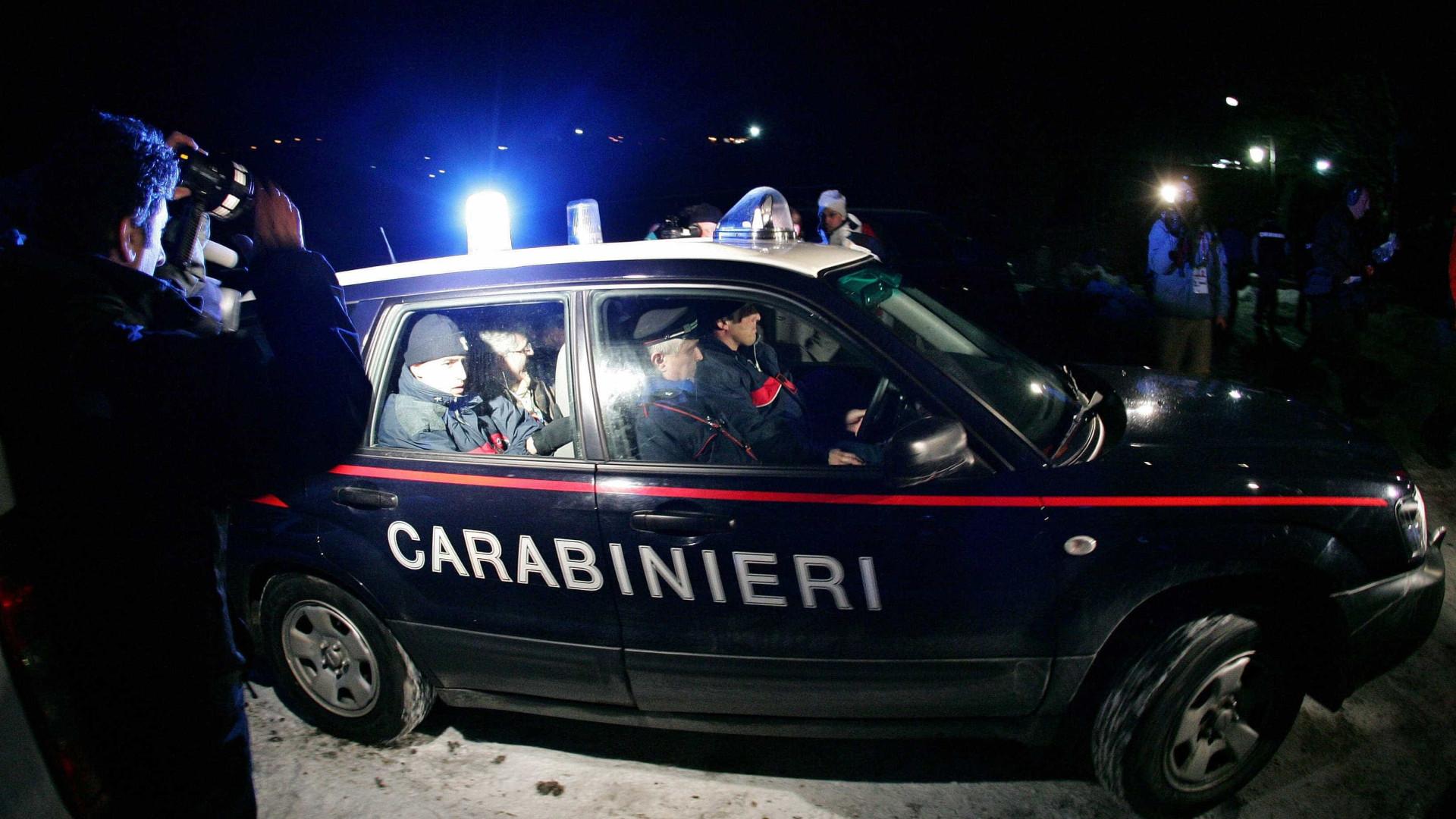 Técnico é preso após exigir sexo de jogadores italianos