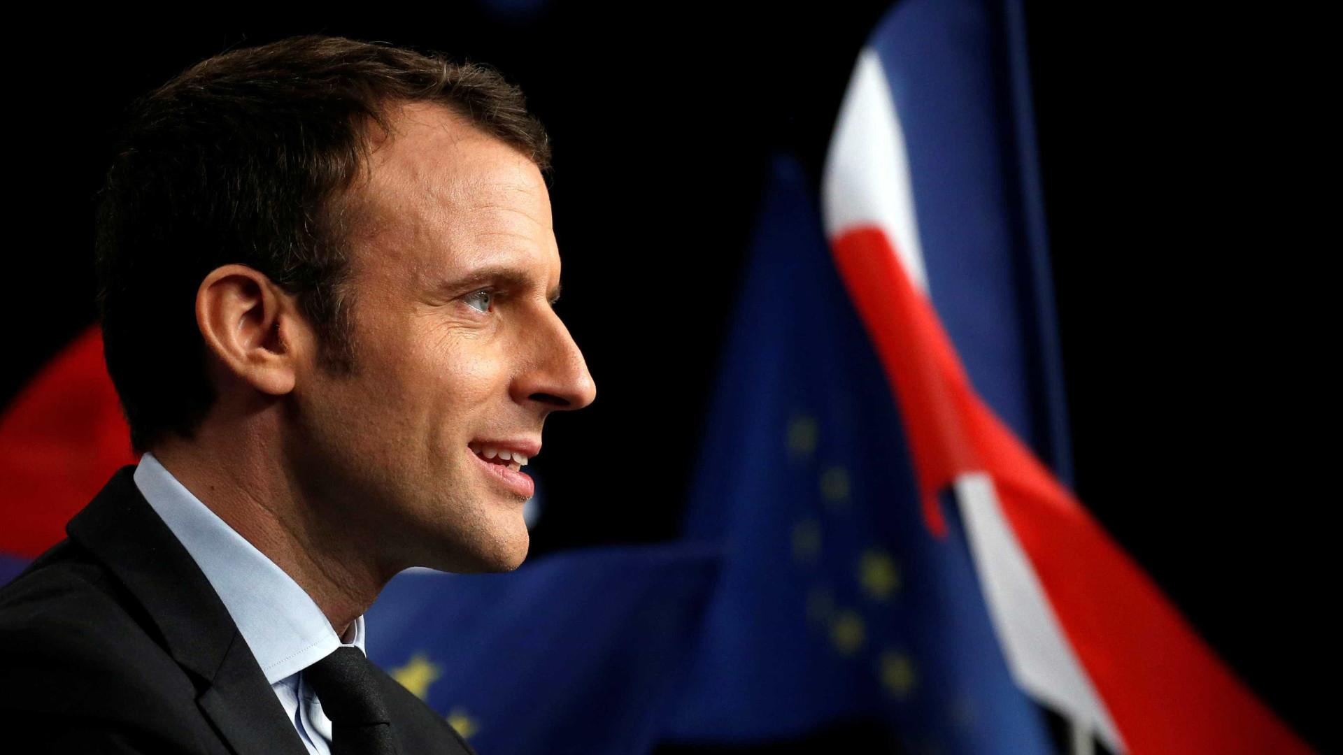 Em dia de debate, Macron lidera pesquisa  eleitoral na França