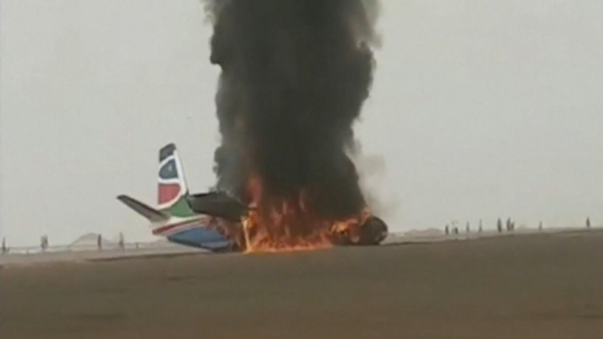 Milagre: passageiros e tripulação sobrevivem à queda  de avião