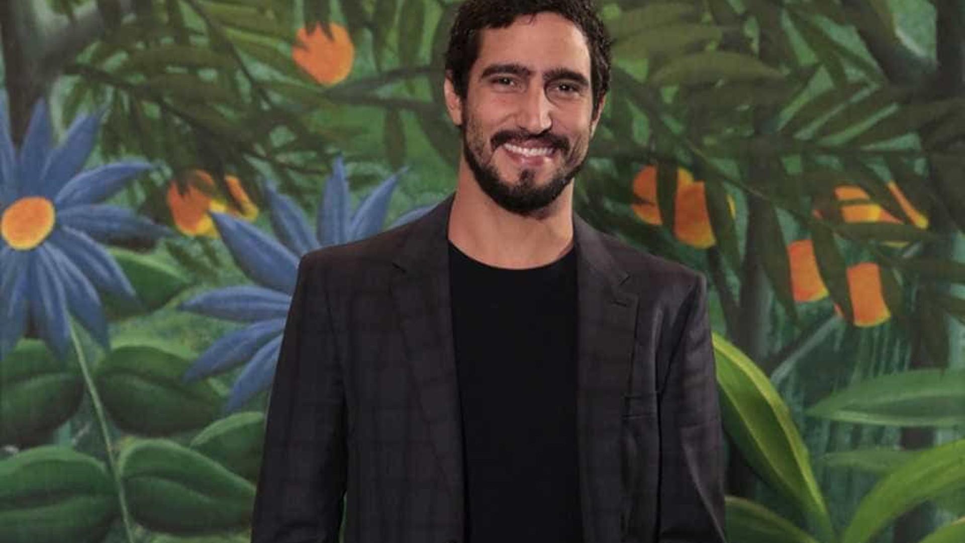 Renato Góes fará papel de Jesus na 'Paixão de Cristo'