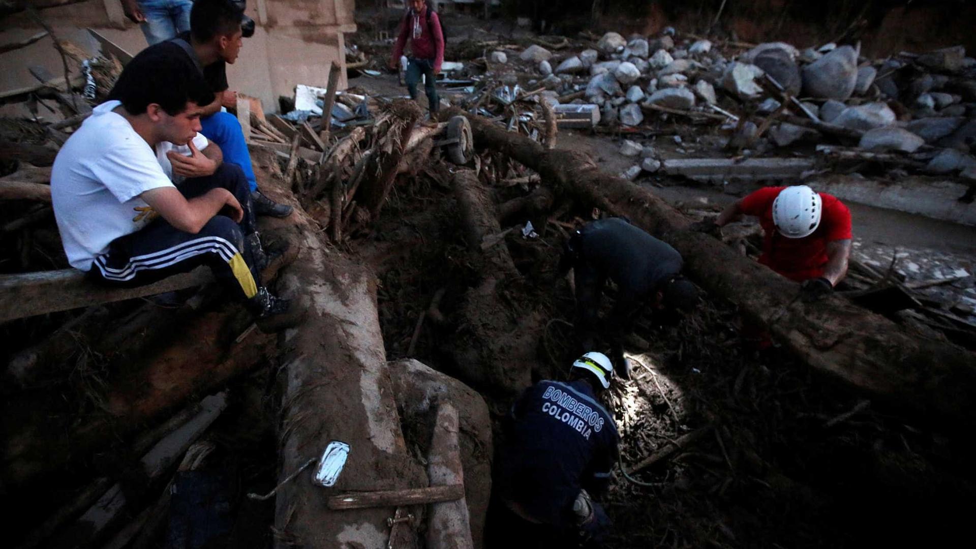 Deslizamentos deixam pelo menos 16 mortos na Colômbia