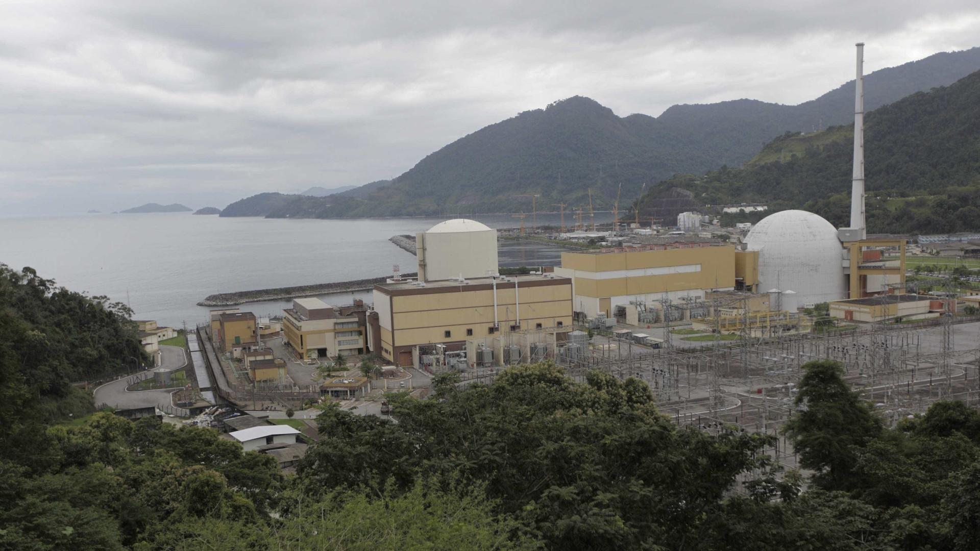 Estudantes de Angra dos Reis recebem orientação sobre usina nuclear