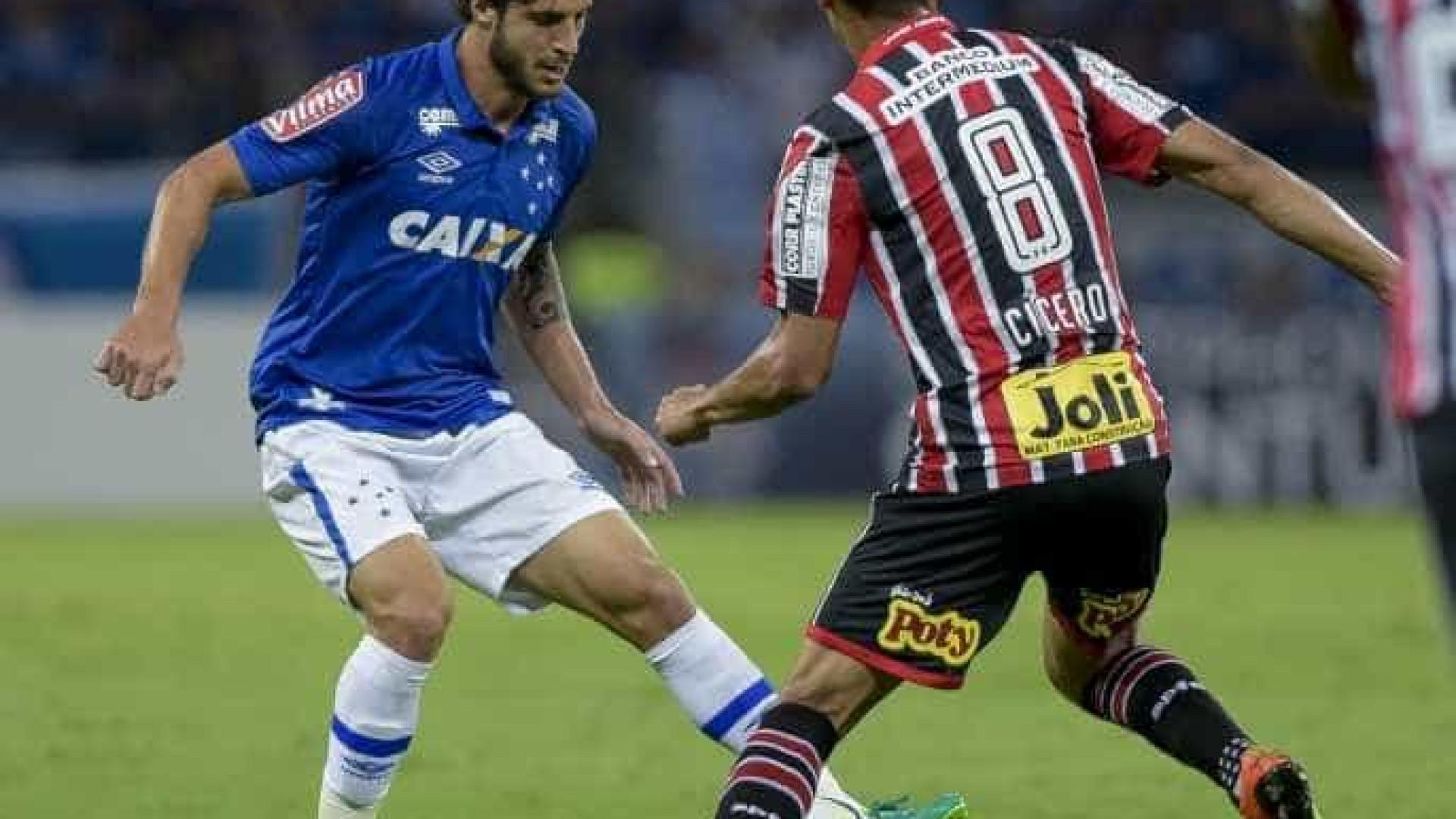 São Paulo vence, mas Cruzeiro vai às oitavas da Copa do Brasil