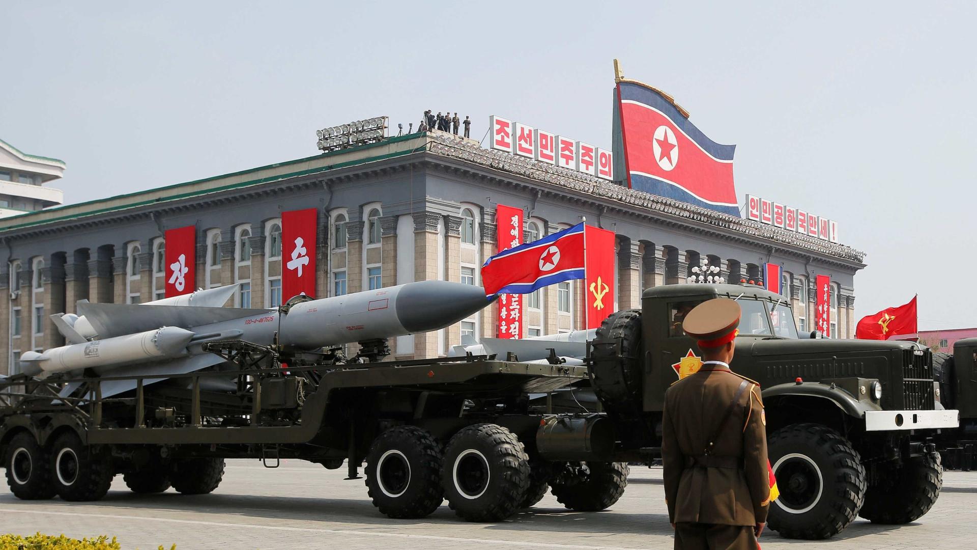 Coreia do Norte ameaça 'reduzir EUA a cinzas'  em ataque preventivo