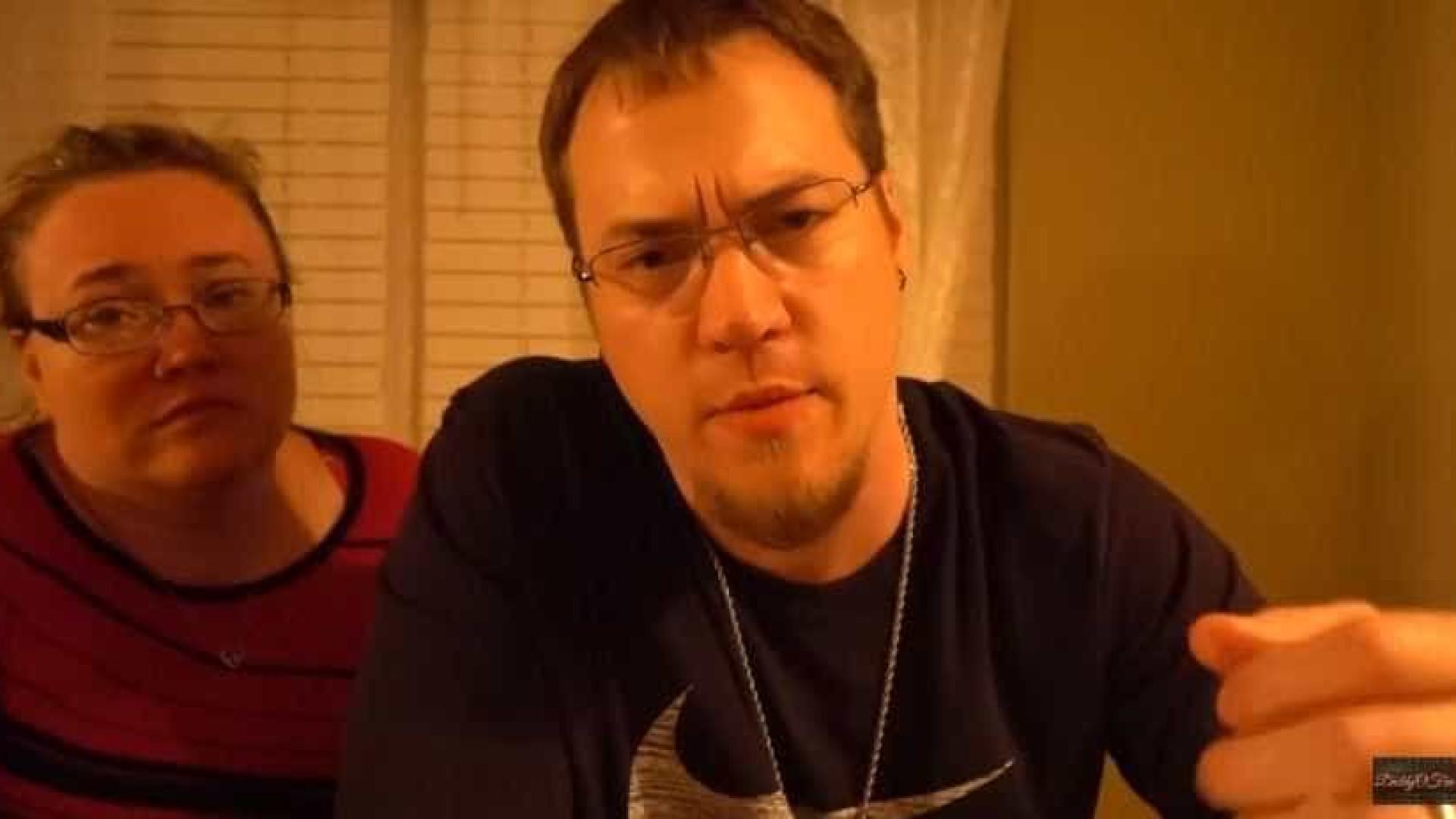 Pais suspeitos de abusar de filhos  em 'pegadinhas' no YouTube