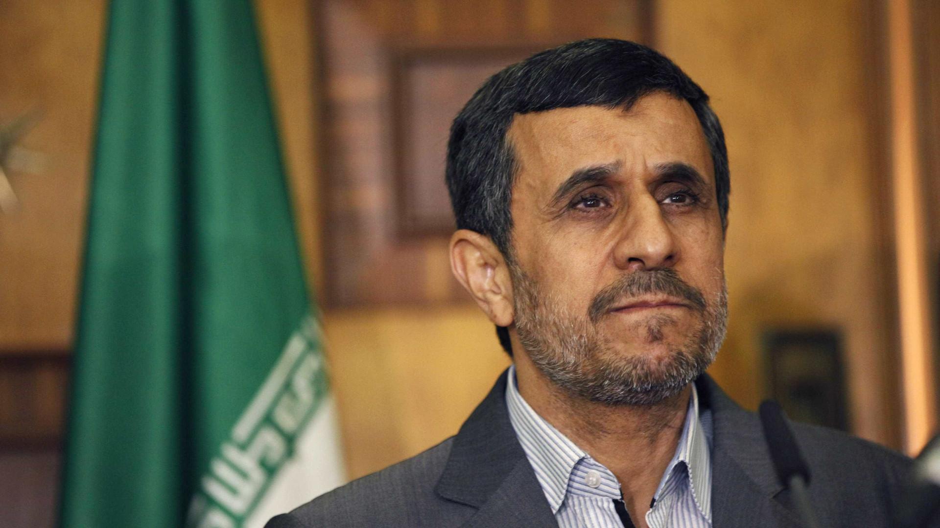 'Guardiões' barram candidatura de Ahmadinejad no Irã