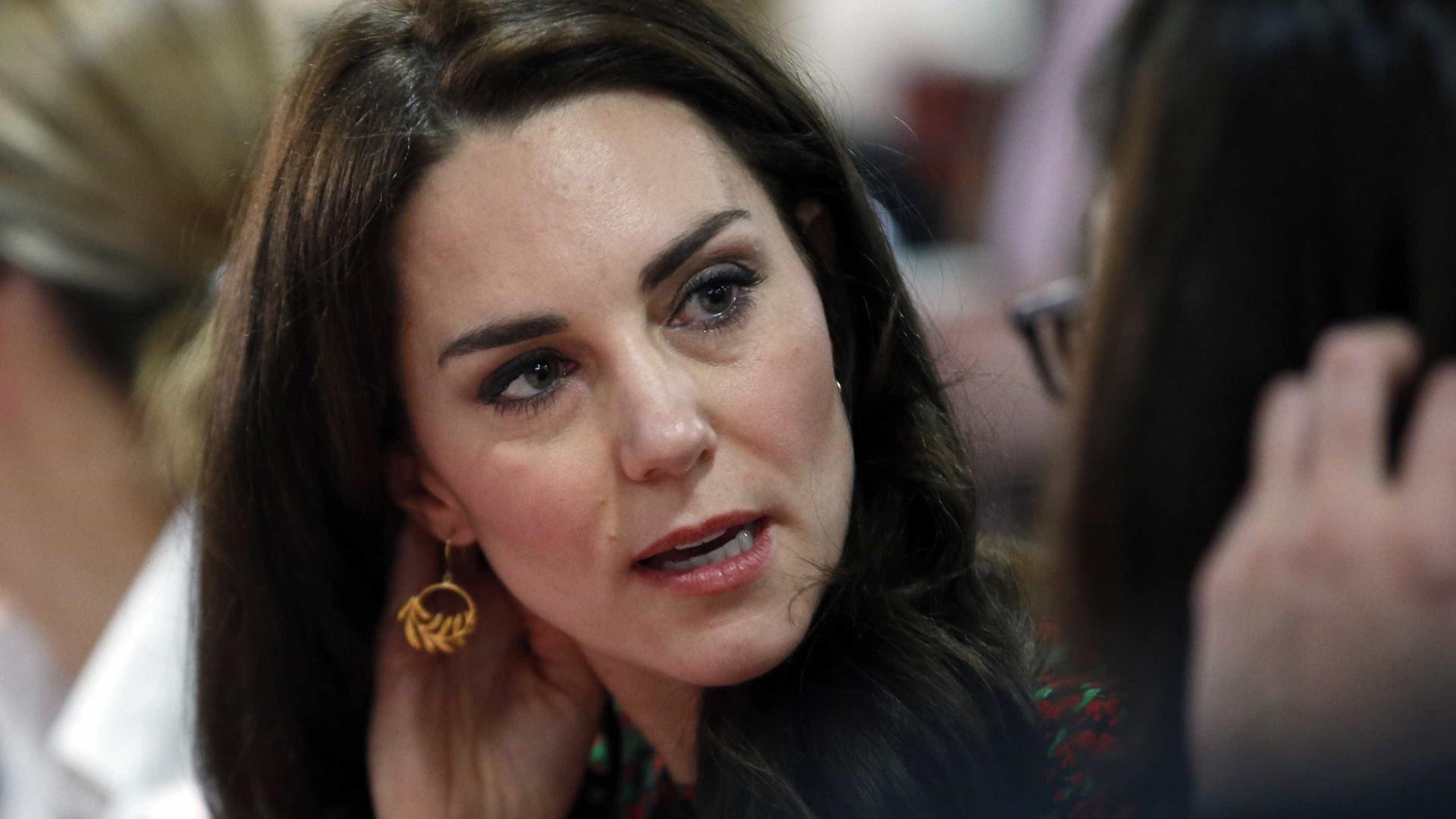'Às vezes é solitário', diz Kate Middleton sobre ser mãe