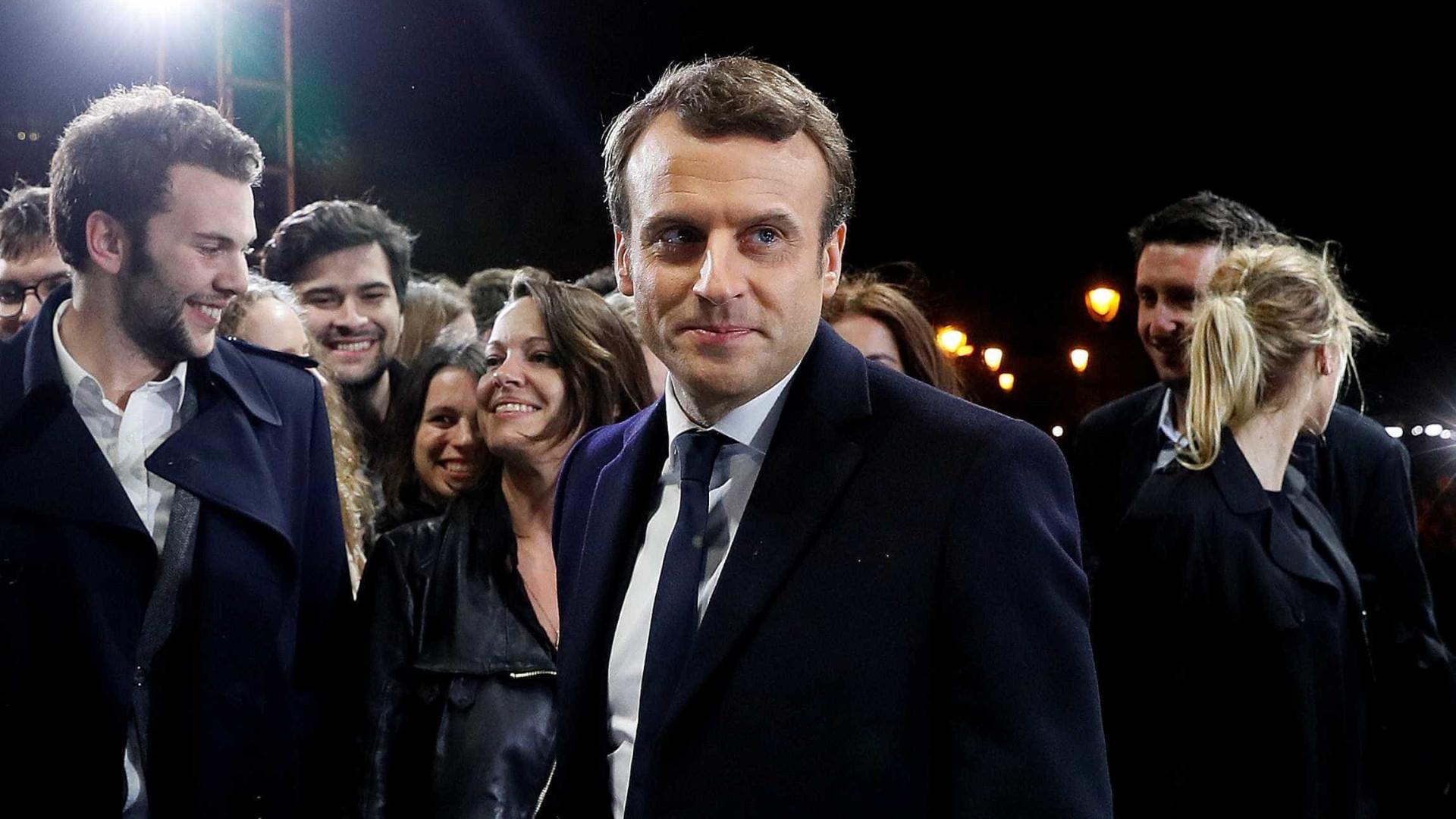 Presidente francês gasta 300 euros por dia em maquilhagem