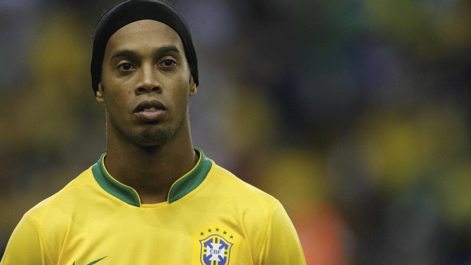 Romário diz que Ronaldinho pode se candidatar a deputado em 2018