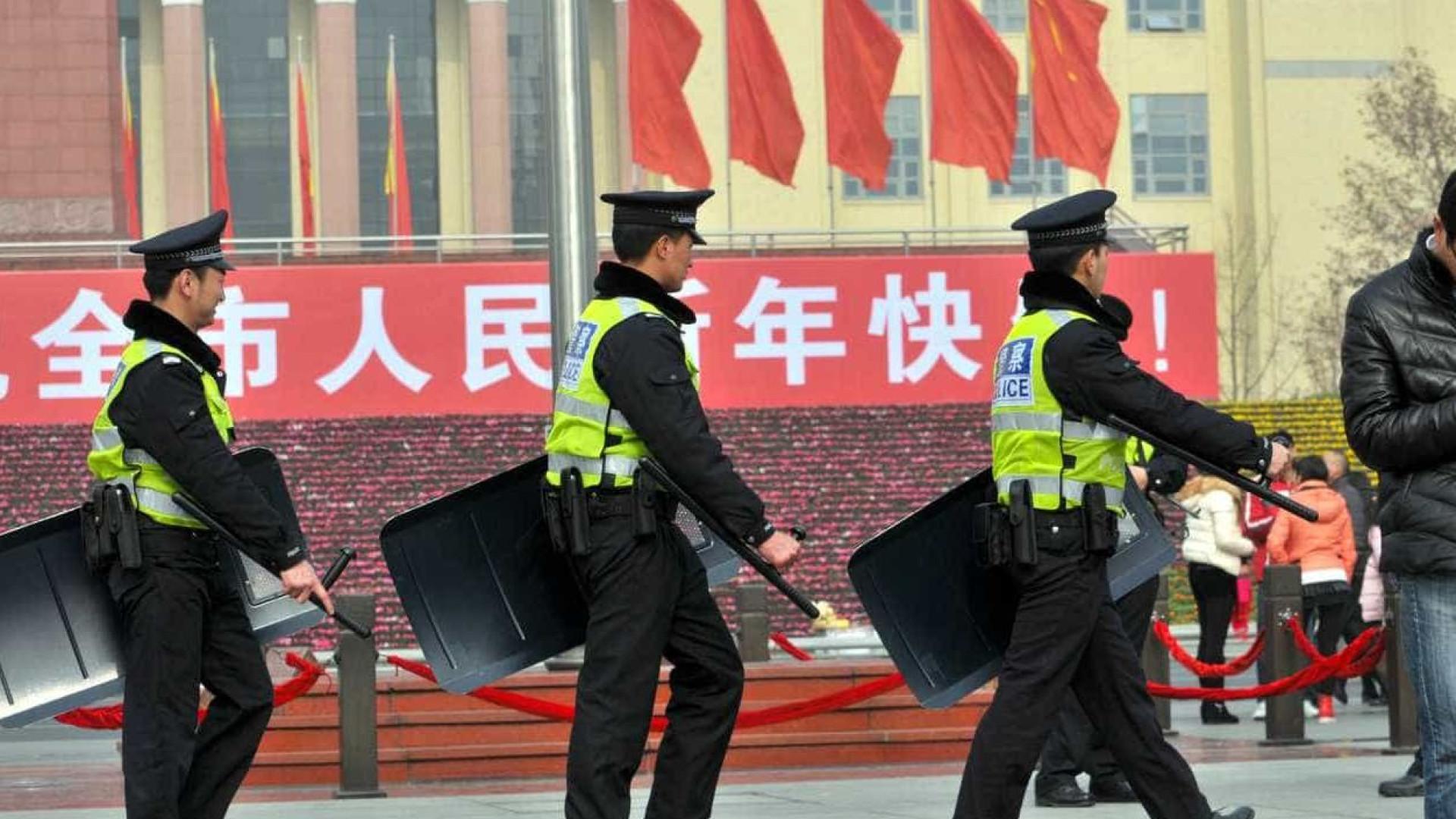 Acidente rodoviário na China deixa pelo menos 14 mortos e 27 feridos
