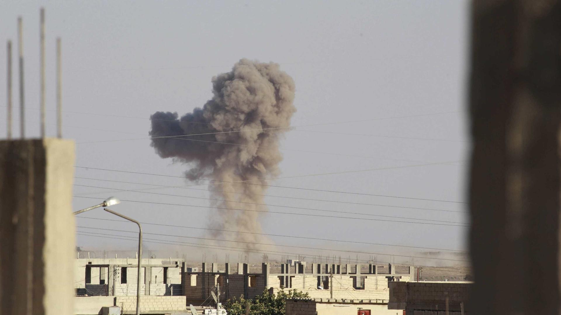 EUA bombardeiam comboio pró-Assad na Síria