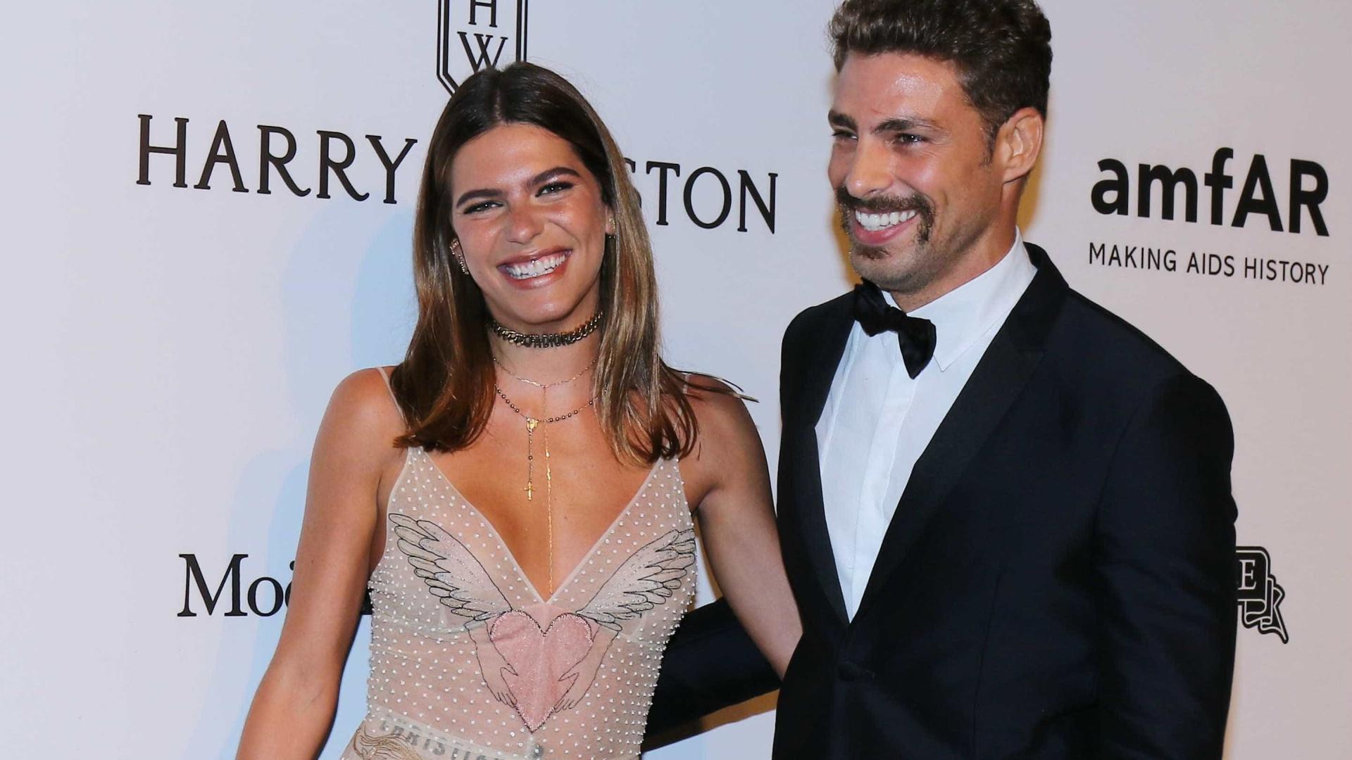 Namoro de Cauã e Goldfarb chegou ao fim por ciúmes, afirma jornal