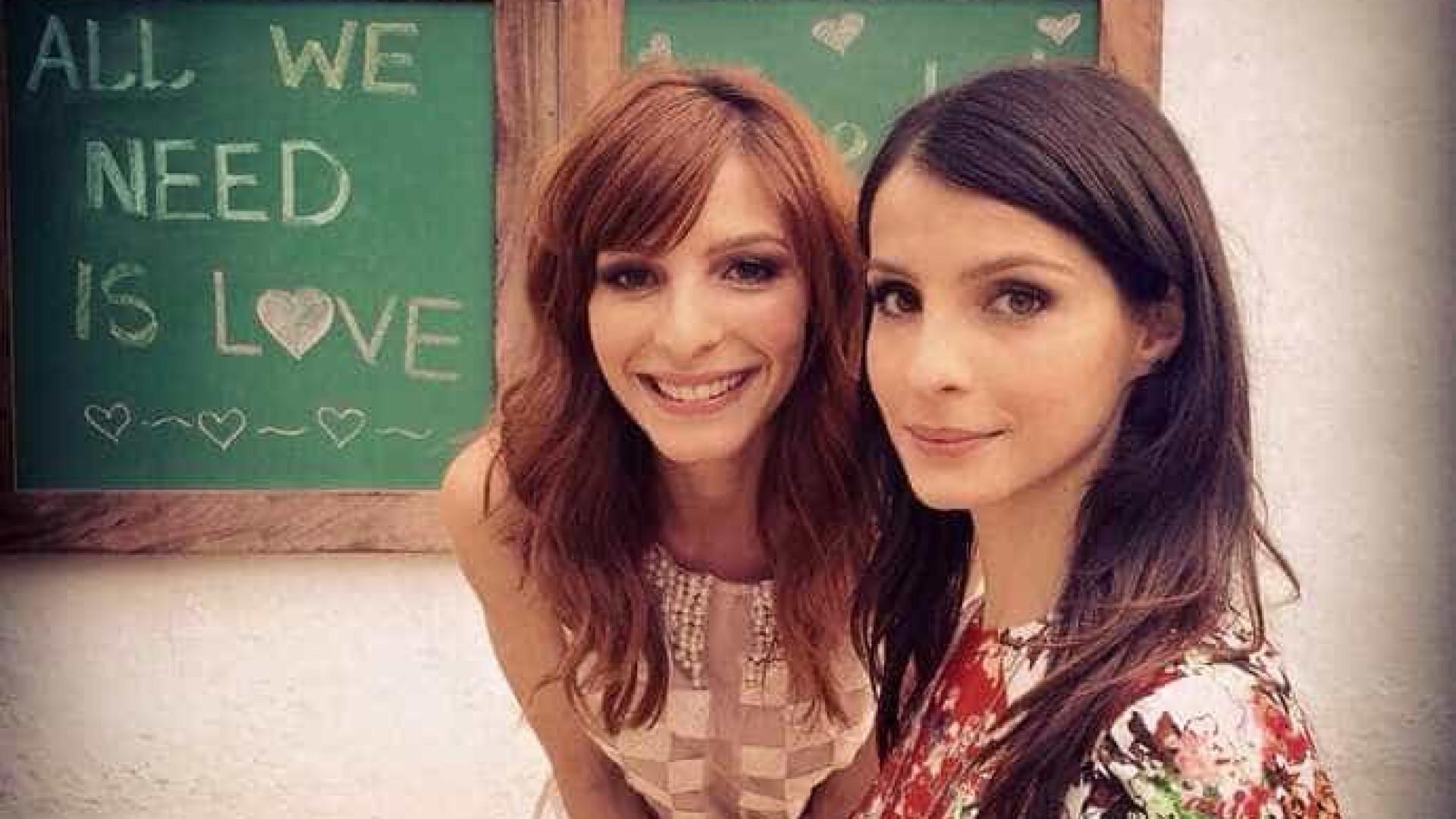 """Dez anos depois, irmãs voltam a viver gêmeas em """"O Rico e Lázaro"""""""