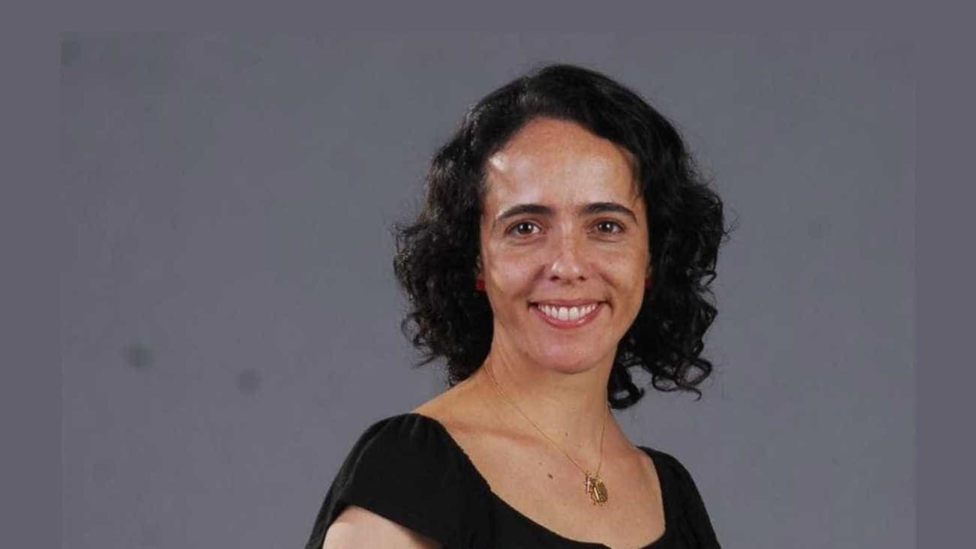 Assessoria de Silvia Buarque nega câncer  e depressão profunda